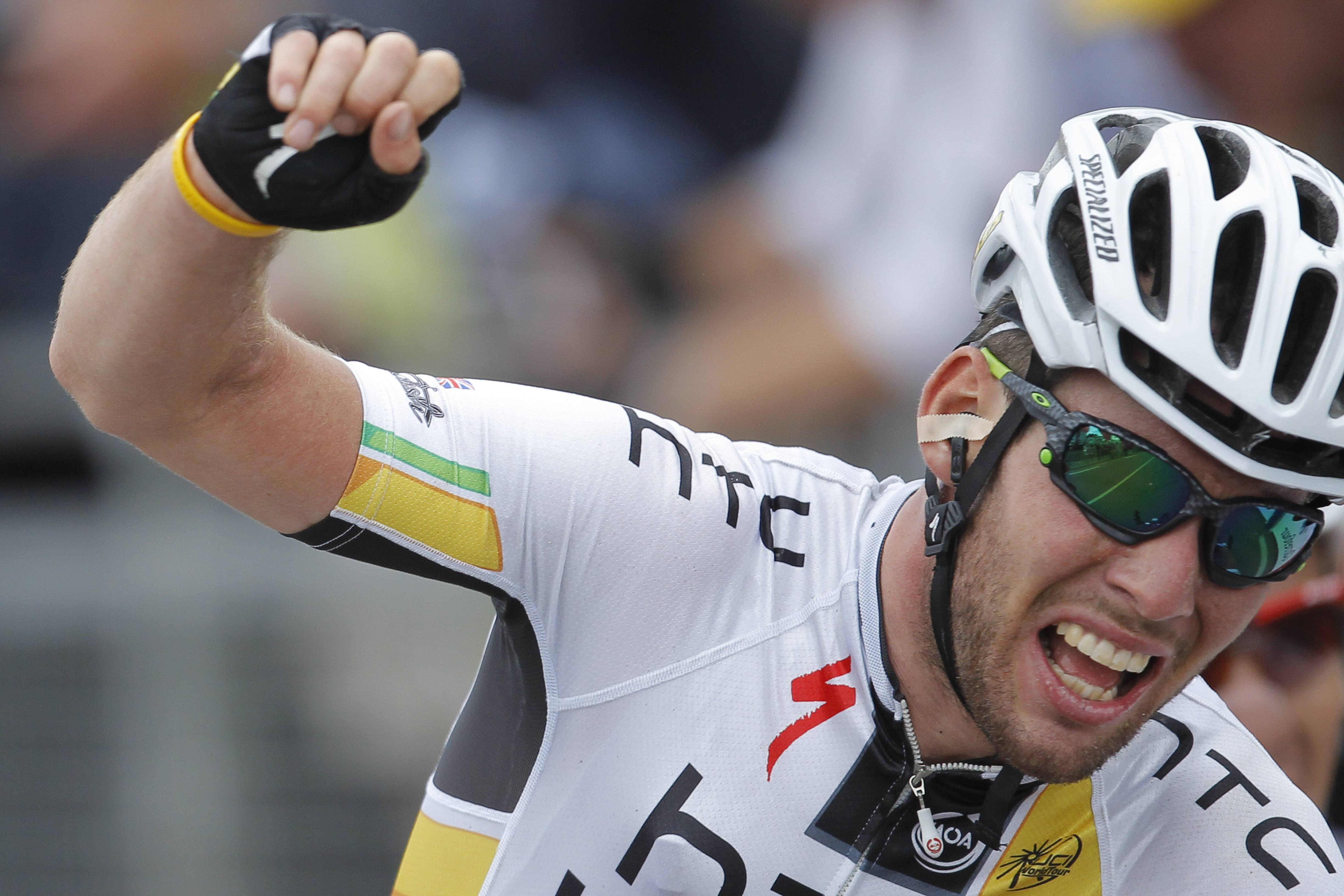 Cavendish wins crash-marred 5th Tour stage