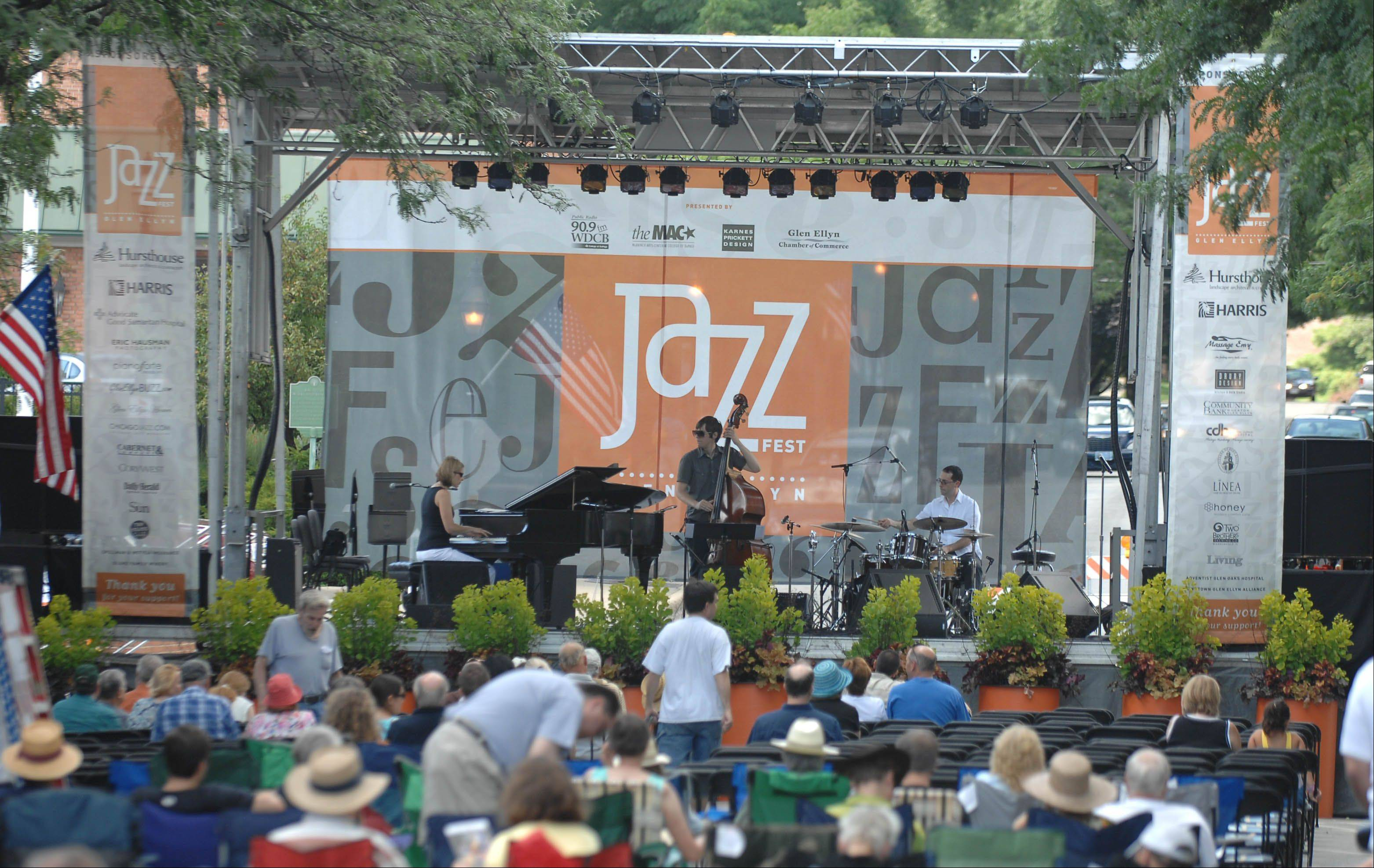 Glen Ellyn's fifth annual Jazz Fest runs from 3 to 10 p.m. today in the heart of downtown.