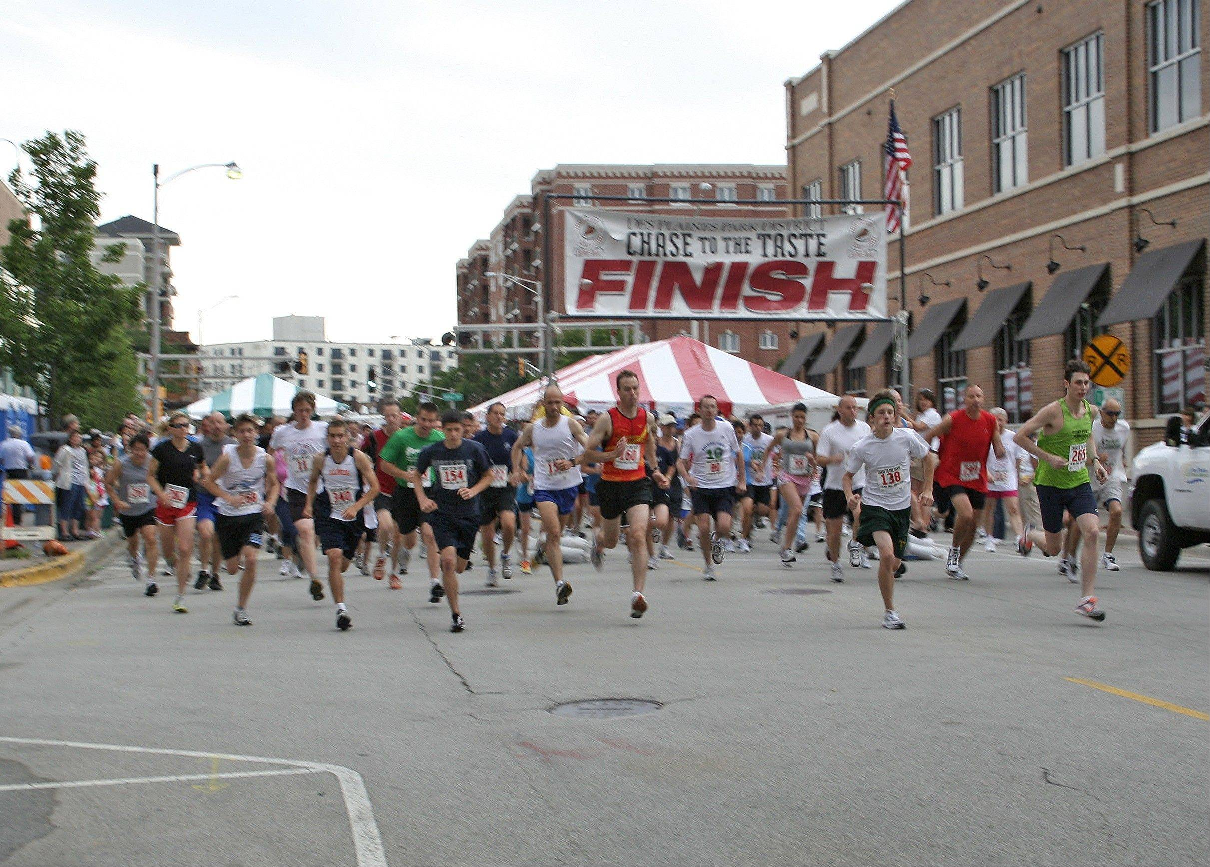 The 2010 Chase steps off; more than 300 runners and walkers competed in the event, which raises money for the Des Plaines Park District Scholarship fund.