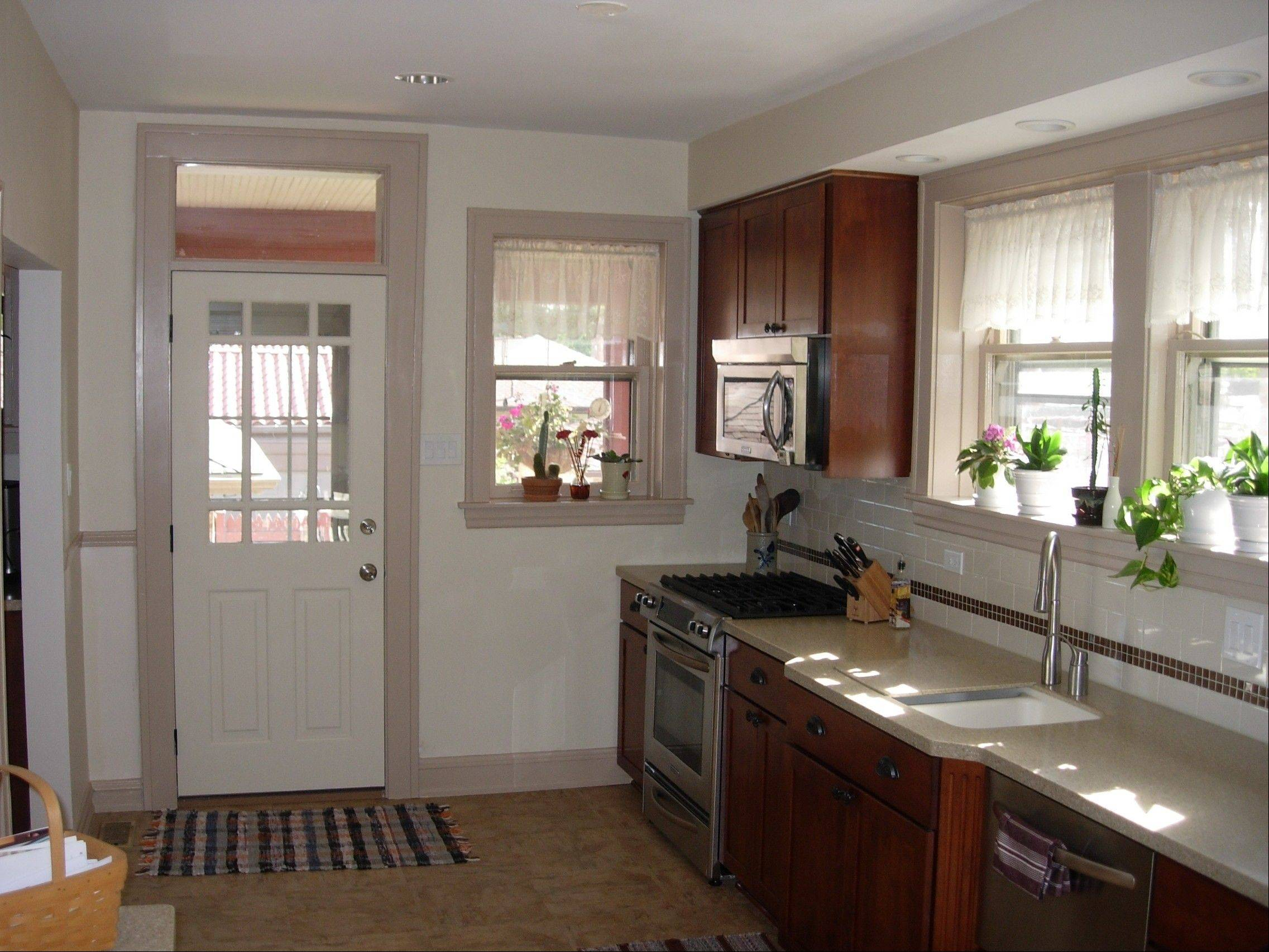Remodelers embracing homes' bygone eras