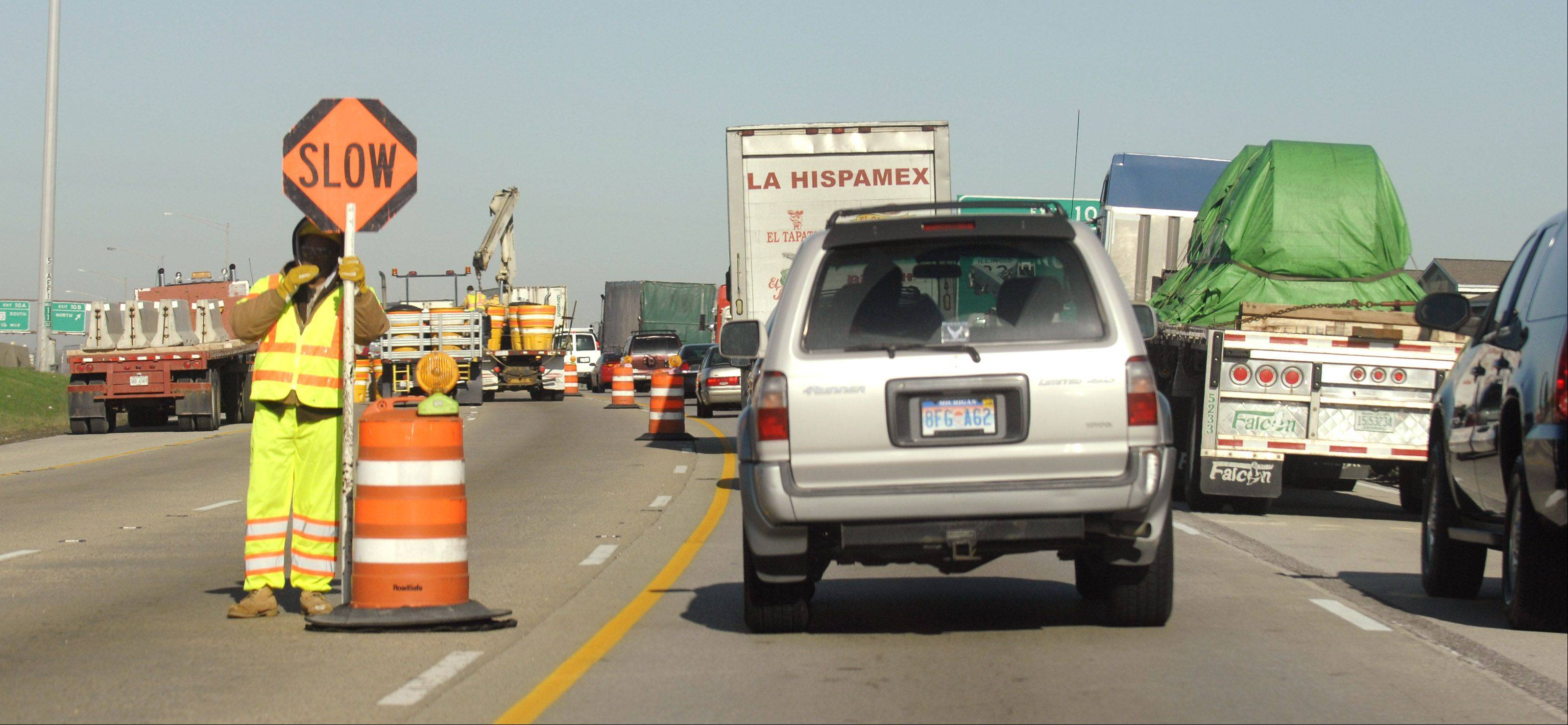 Construction work on I-290 between I-355 and York Road last year.