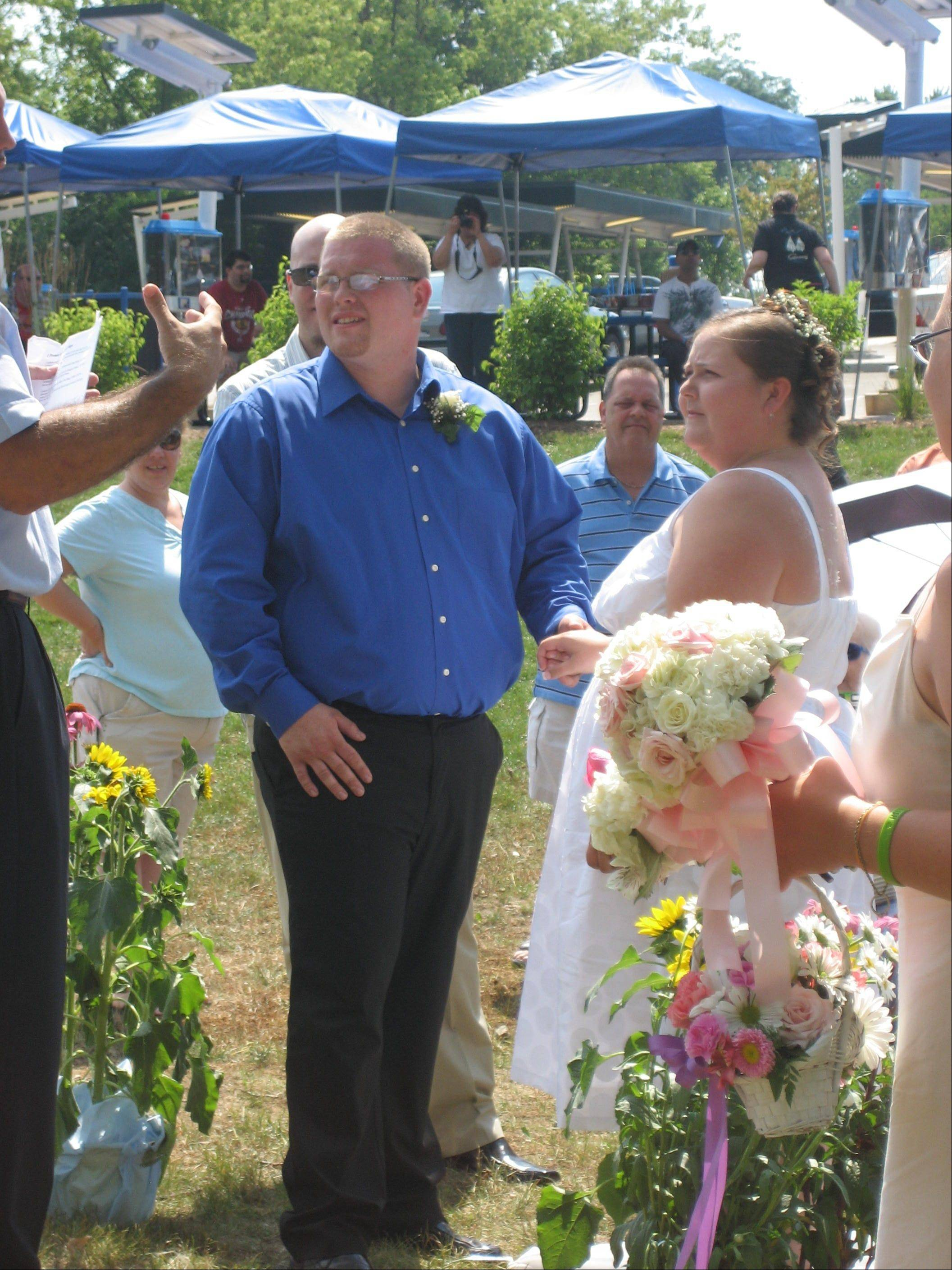 Eddie and Brittany McKee tie the knot at Superdawg in Wheeling.