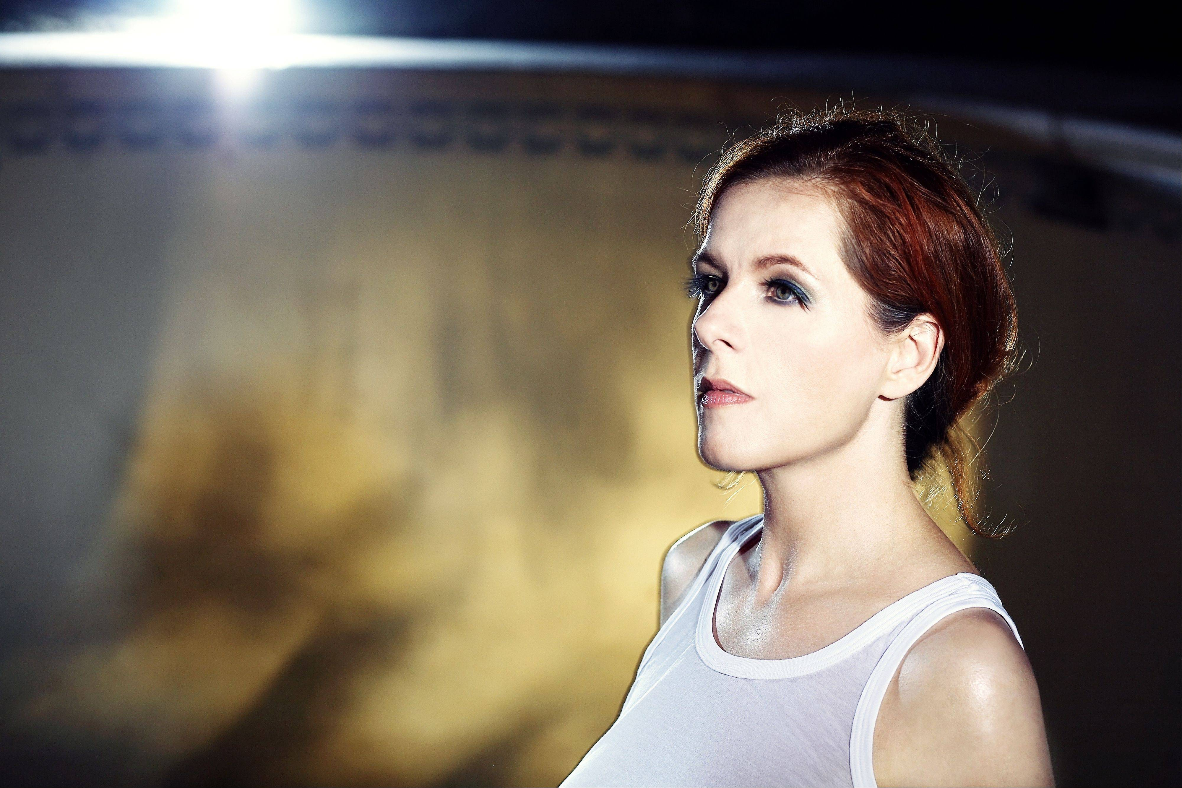 Alt-country singer-songwriter Neko Case will perform at Pitchfork this weekend.