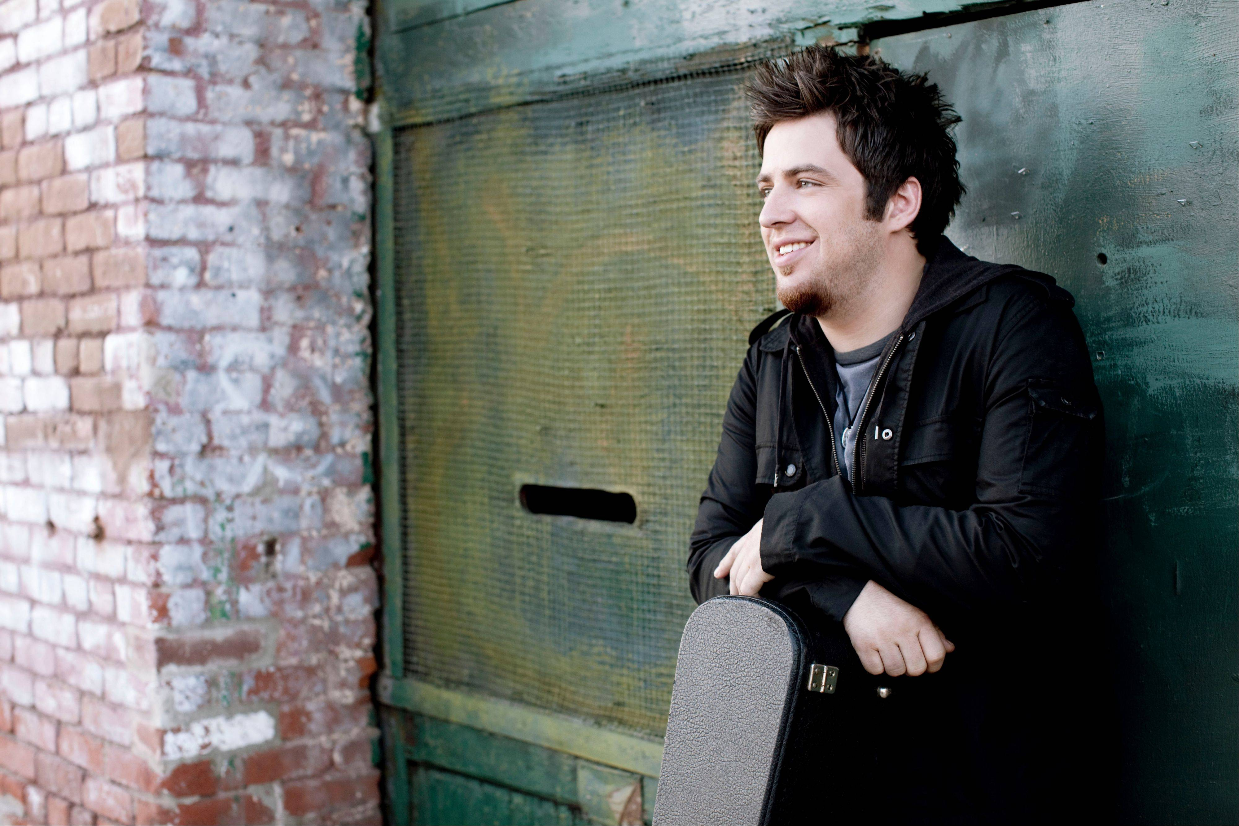 Suburban native Lee DeWyze will perform live next week at Six Flags Great America in Gurnee.