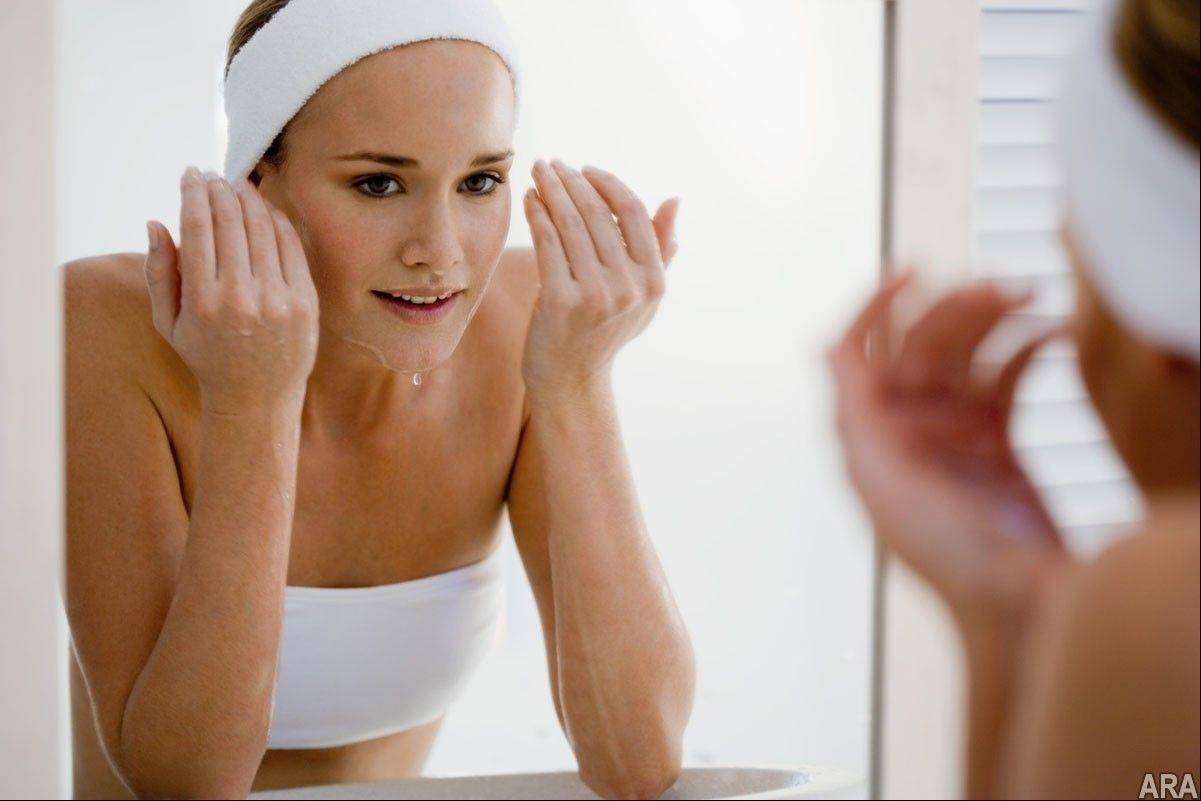 To maintain a clear complexion, be sure to cleanse and moisturize daily, even if you have oily skin.