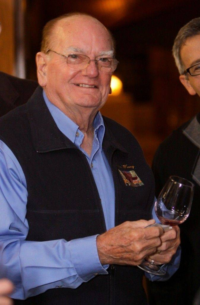Illinois wine pioneer, founder of Roselle winery dies