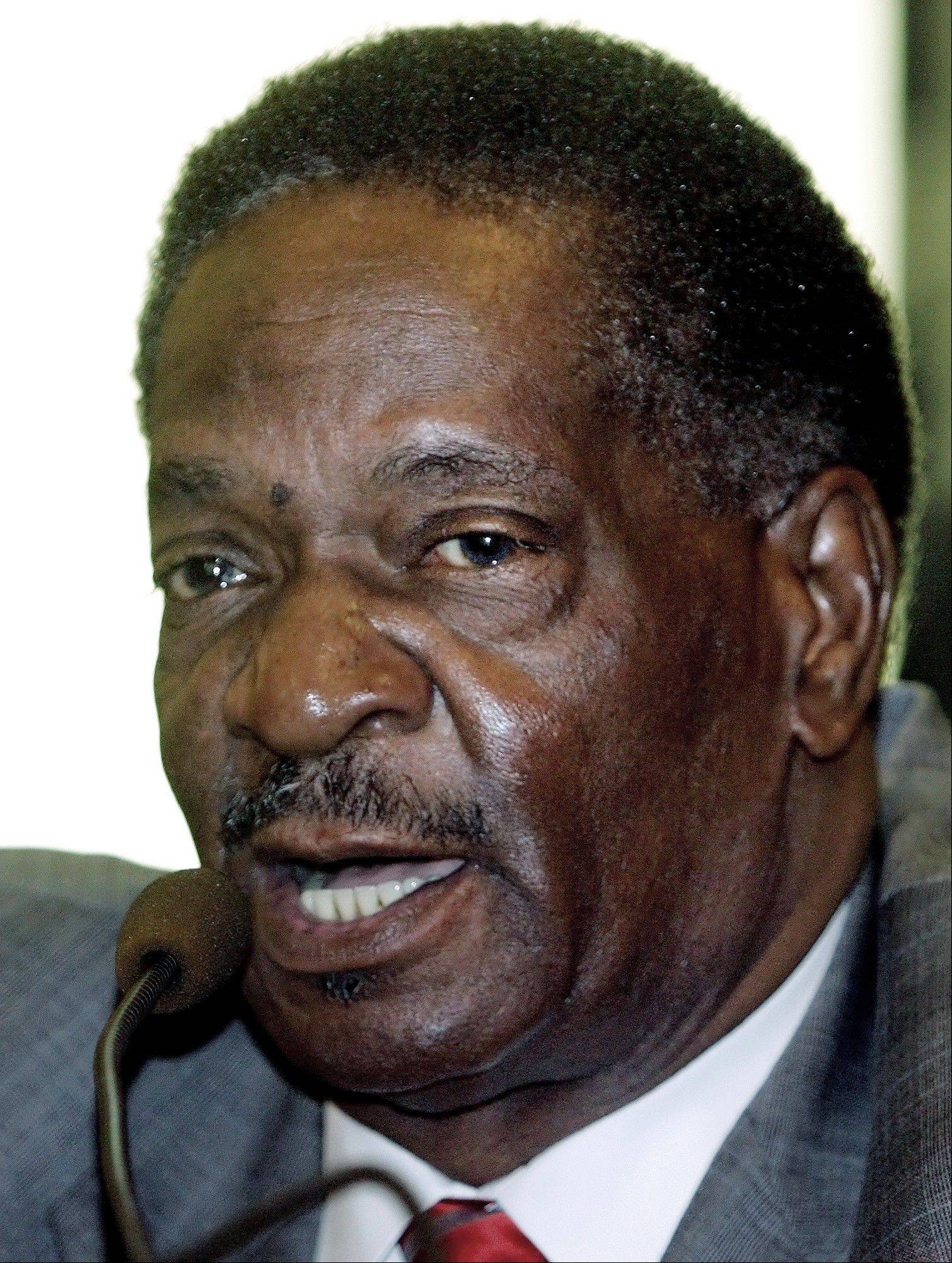 Emil Jones Jr. will get expenses but not a salary as chairman of the Sports Facilities Authority.