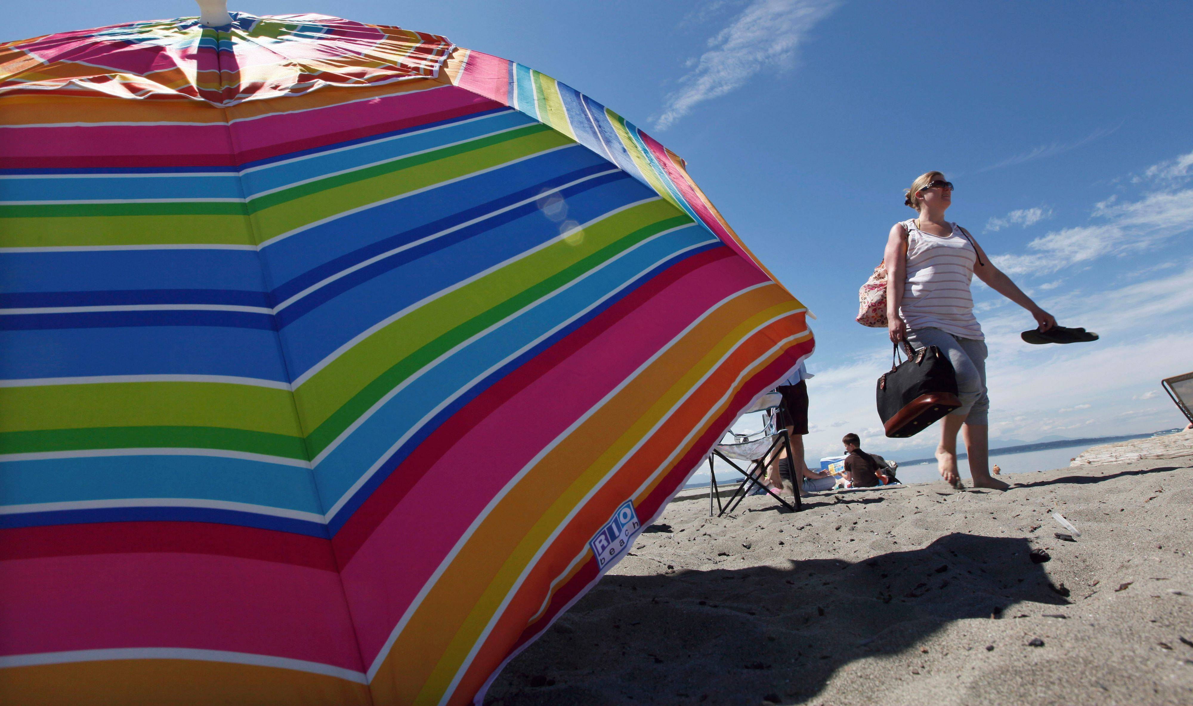 If you've hit the beach this year, chances are you've experienced an unfortunate rite of summer -- sunburn.