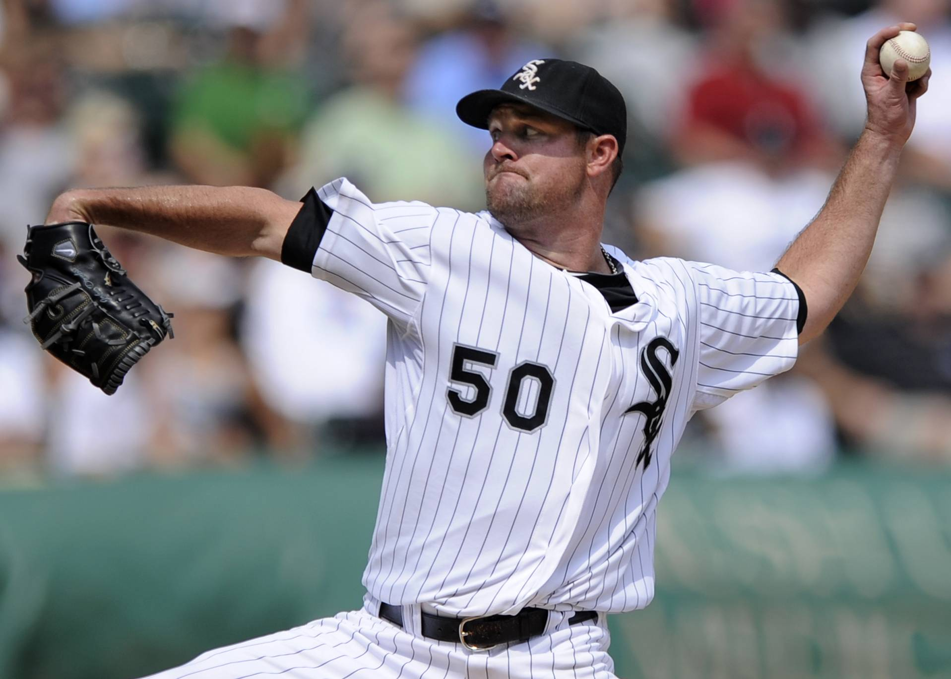 John Danks delivers a pitch during the fifth inning Wednesday at U.S. Cellular Field.