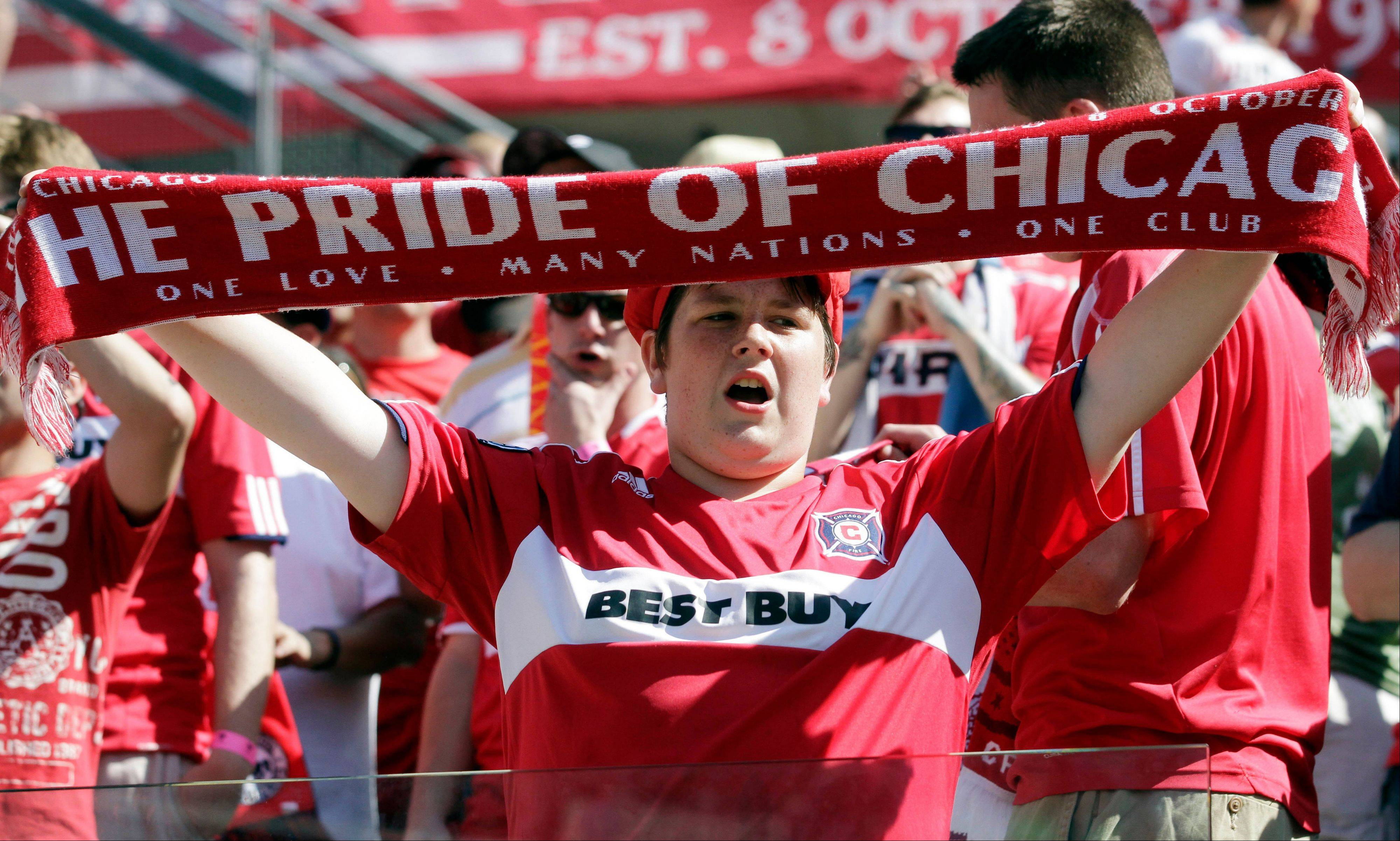 Chicago Fire fans turned out in force for the friendly soccer match between Manchester United and the Fire at Soldier Field last weekend. The Fire, however, needs to put together a win streak to make the playoffs and draw fans back to Toyota Park.