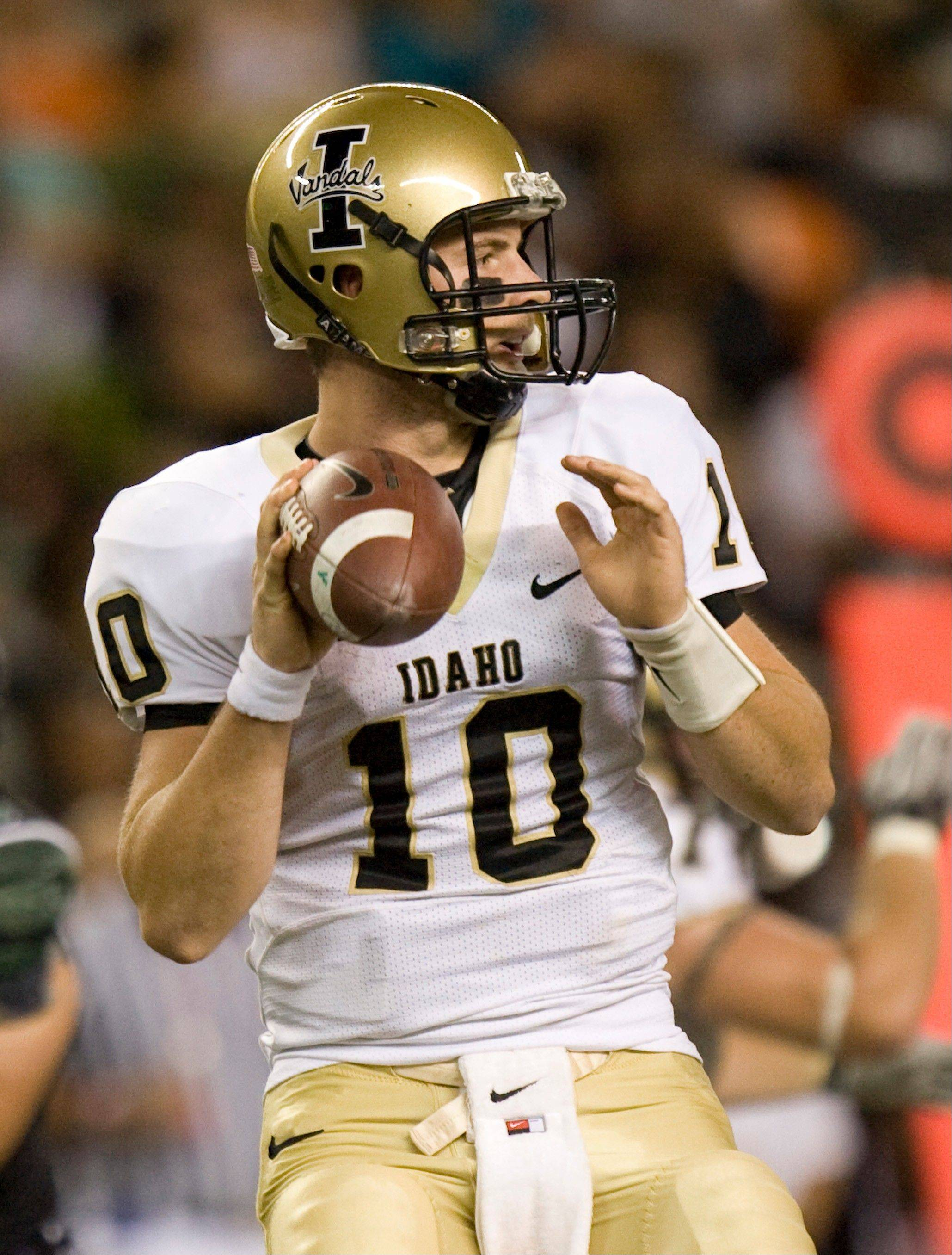 Idaho quarterback Nathan Enderle has signed a four-year contract with the Bears, who picked him in the fifth-round of the April's NFL Draft.