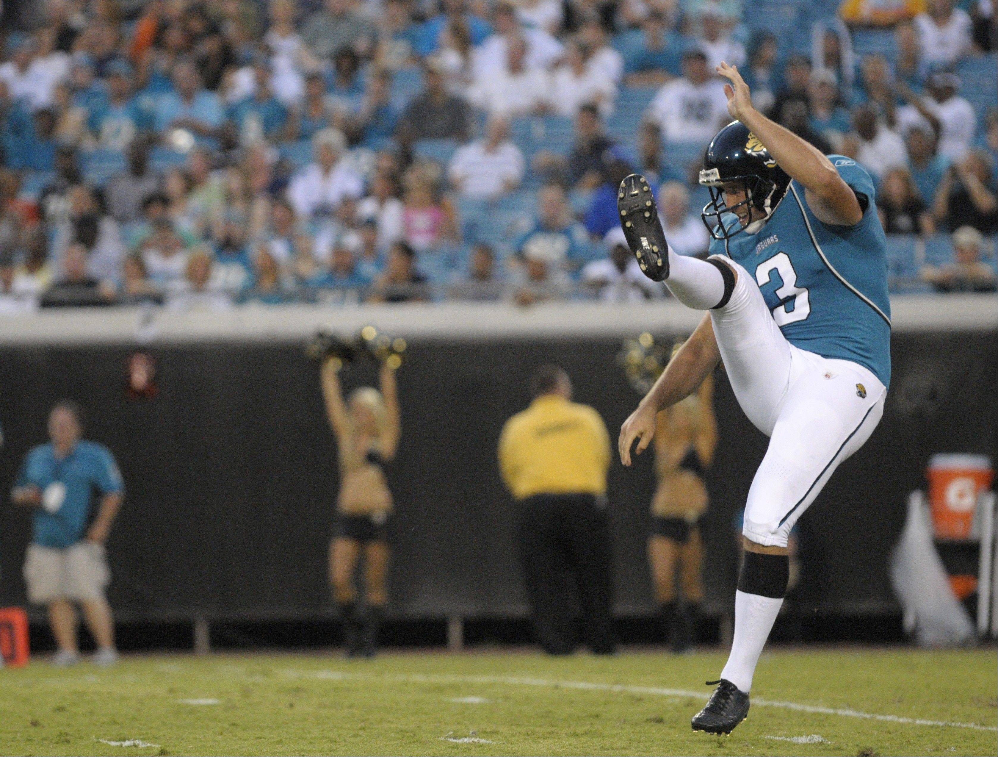 The Bears have reportedly agreed to a five-year deal with former Jacksonville punter Adam Podlesh. The 27-year-old punter was a Pro Bowl alternate last season.