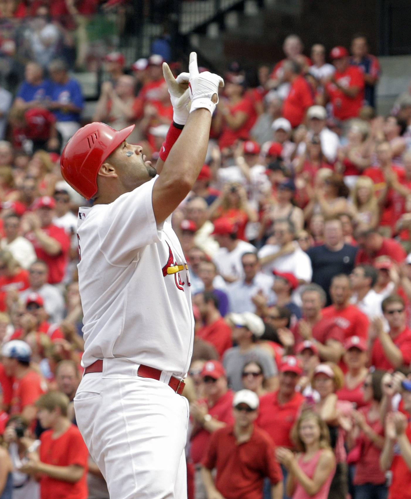 Cardinals first baseman Albert Pujols hit his 432nd career home run in the Cardinals' 13-5 win over the Cubs Saturday.