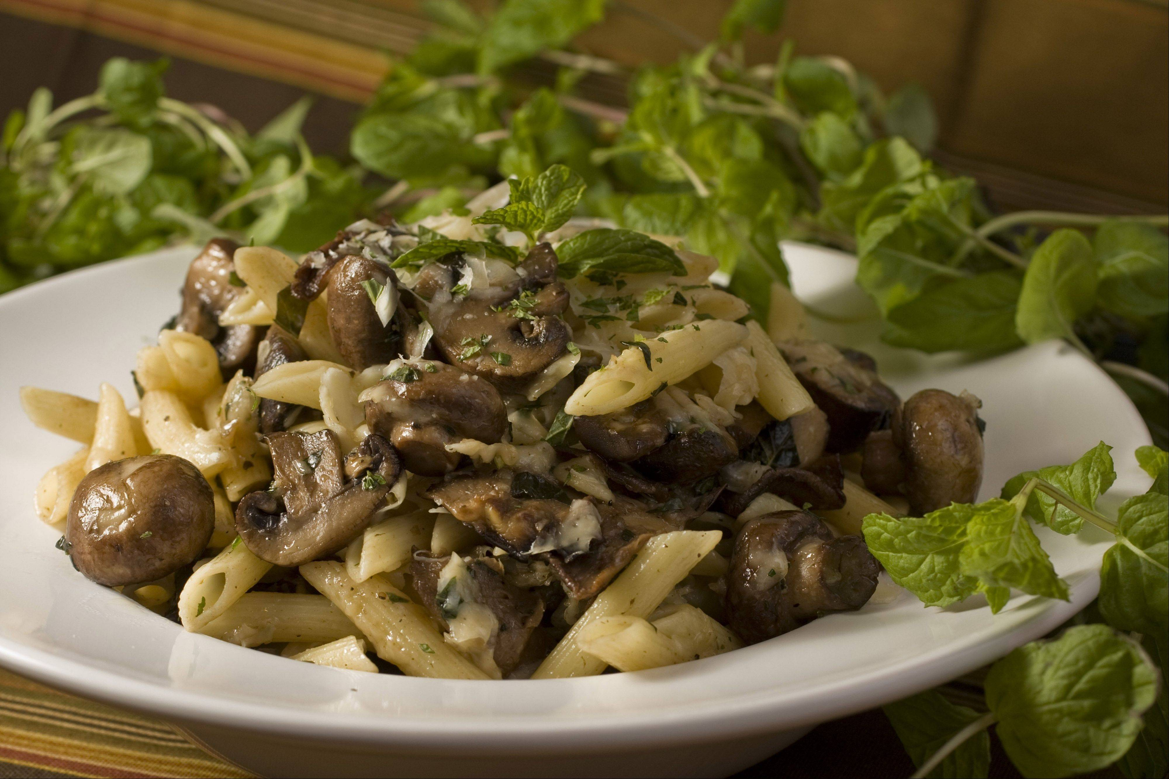 Penne with Mushrooms and Mint