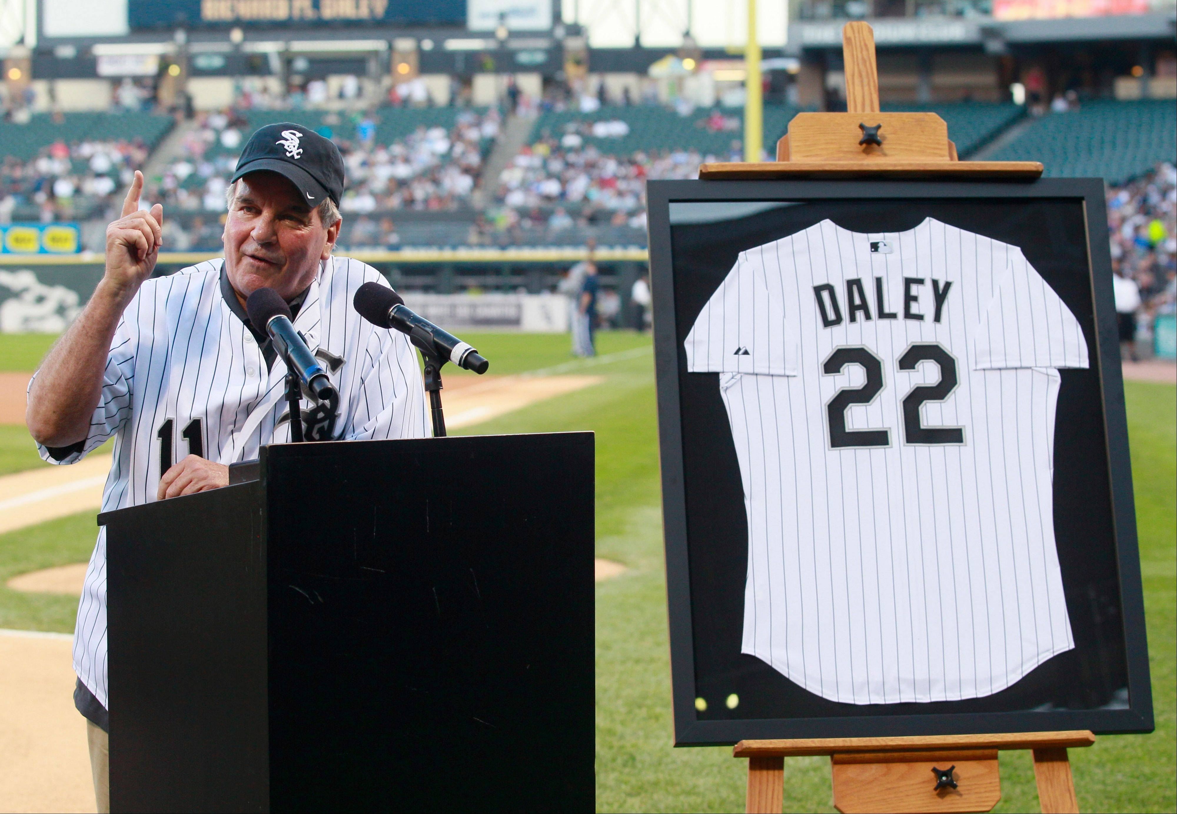 Former Chicago Mayor Richard M. Daley was honored before Wednesday's game.