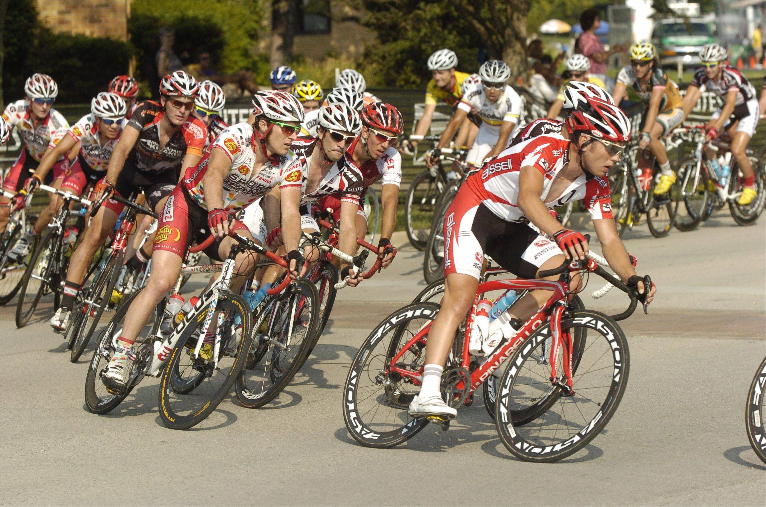Riders make a turn during the Pro Men Criterium to finish out the 2010 Tour of Elk Grove.