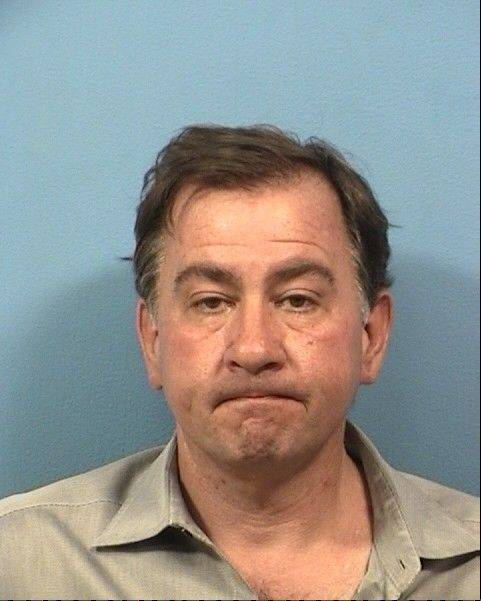 Disbarred Mount Prospect lawyer charged with theft in DuPage