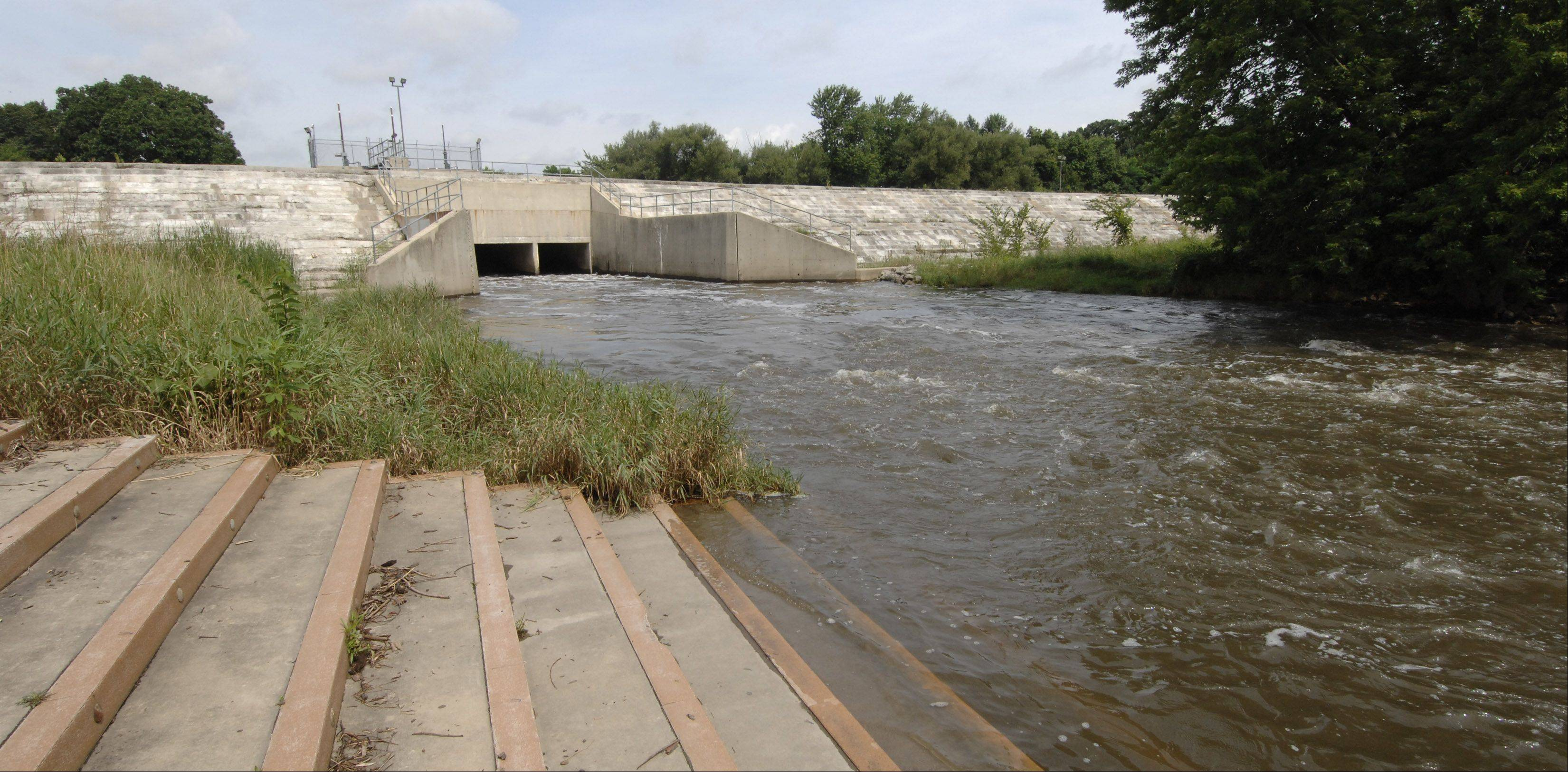 A newly released report concludes that Fawell Dam near Naperville may contribute to increased flood elevations in parts of Warrenville during large storm events.