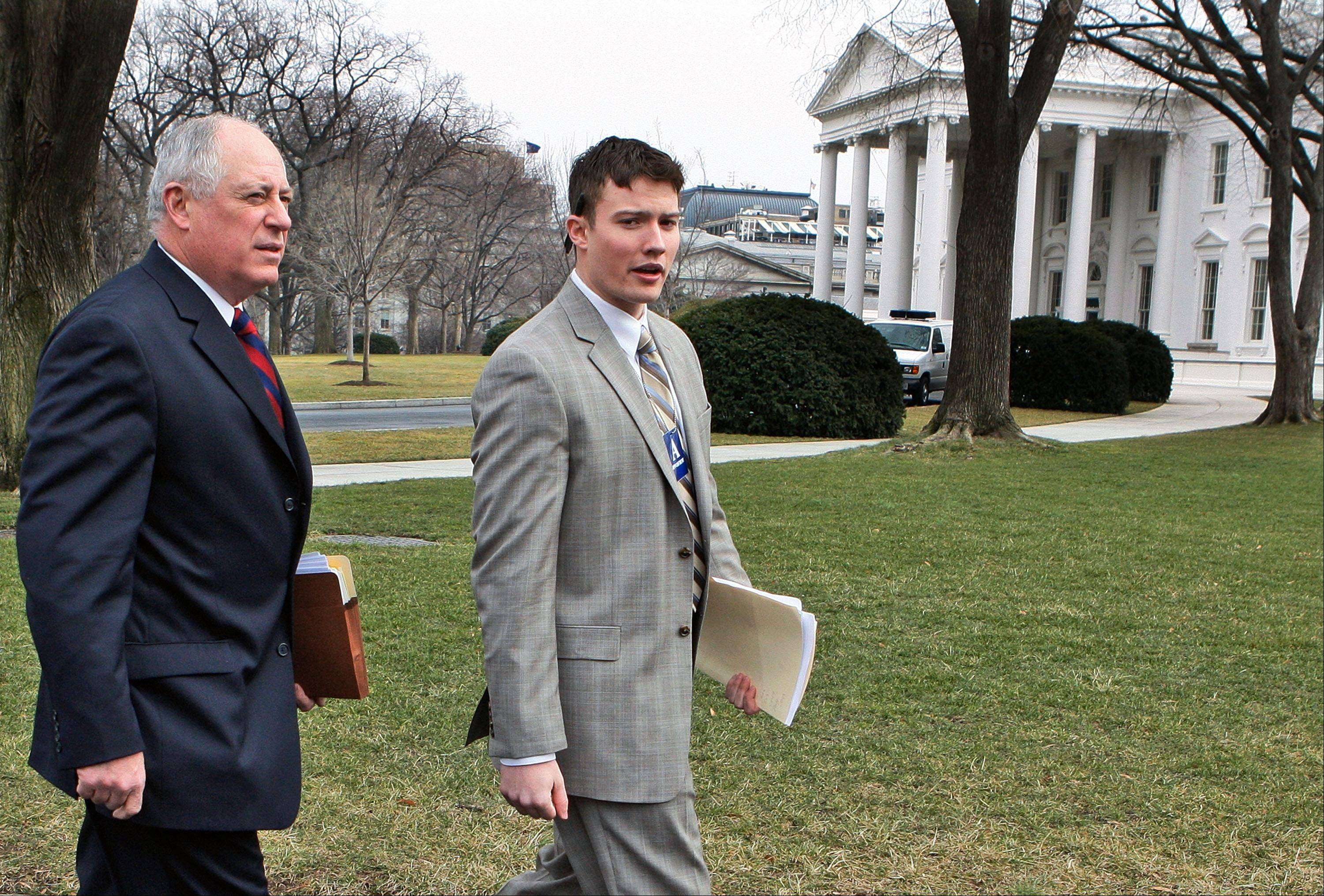 Lou Bertuca, right, seen here in 2009 with Illinois Gov. Pat Quinn, has been named deputy chief of staff at the Illinois State Toll Highway Authority.