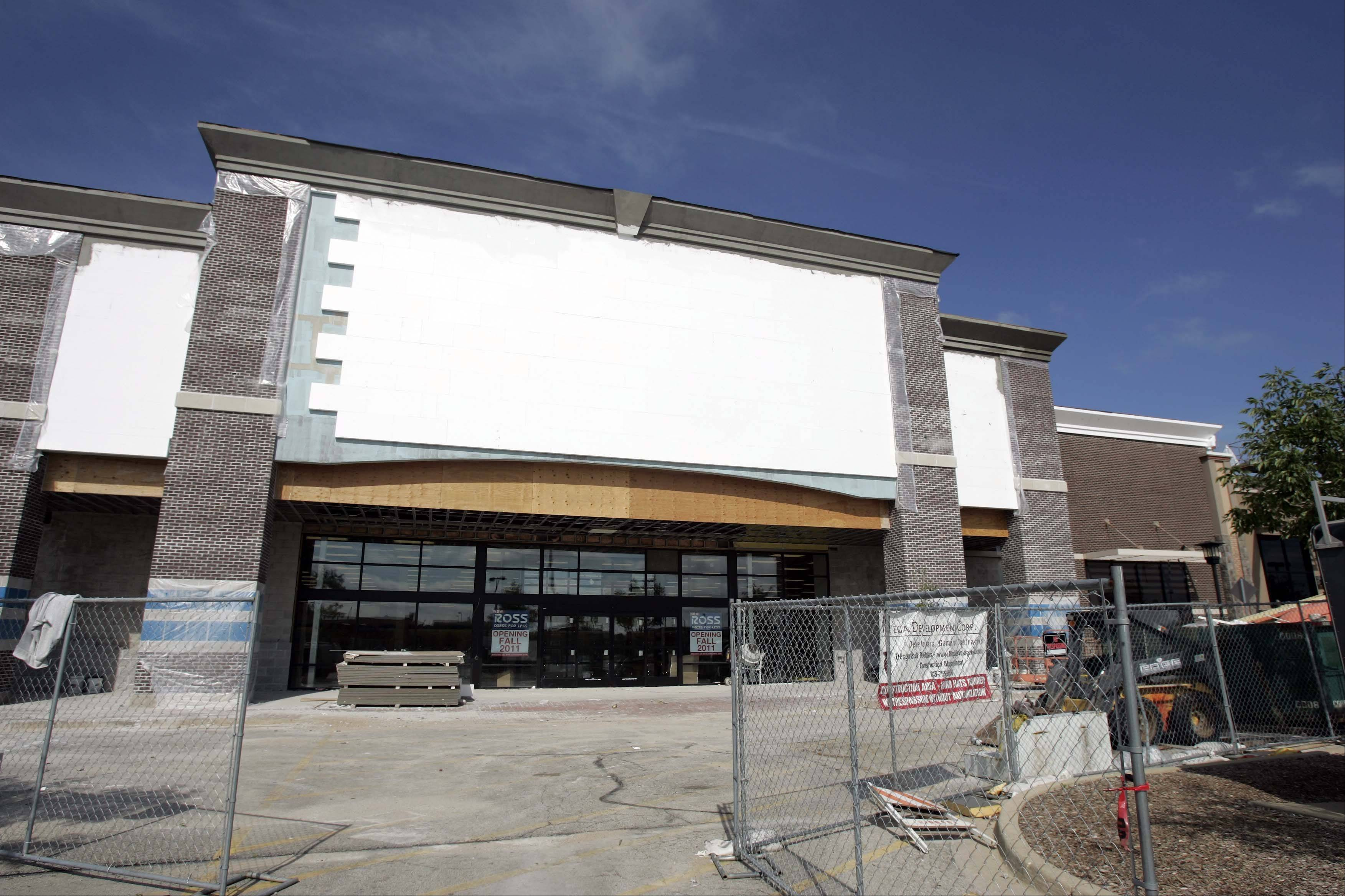 Construction continues this week on the new Ross Dress for Less shop in the Algonquin Commons on Randall Road. The store is scheduled to open Oct. 8 and at 11 other locations including South Elgin, Bloomingdale, Schaumburg, Naperville and Crystal Lake.