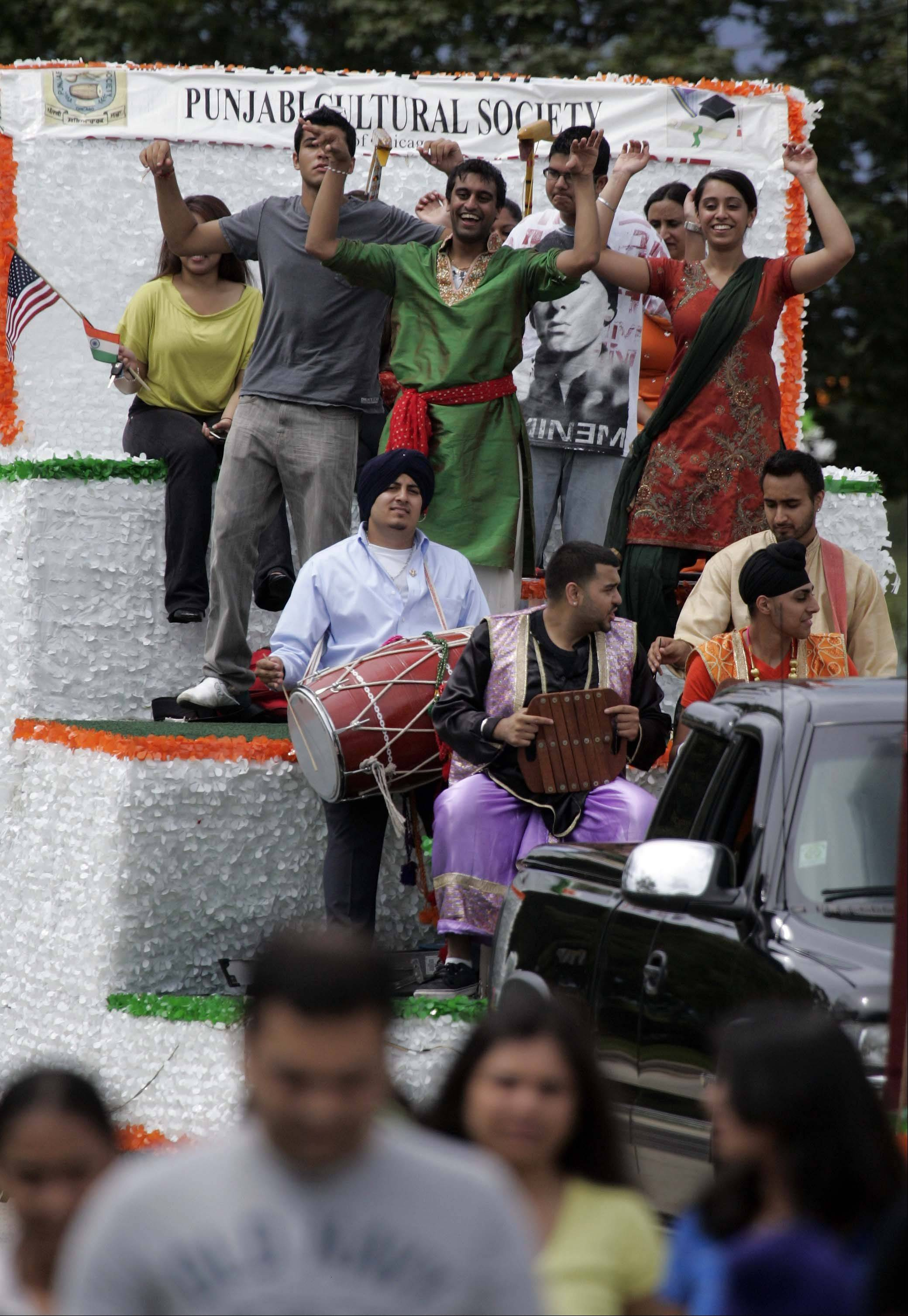 First suburban celebration of India independence held in suburbs