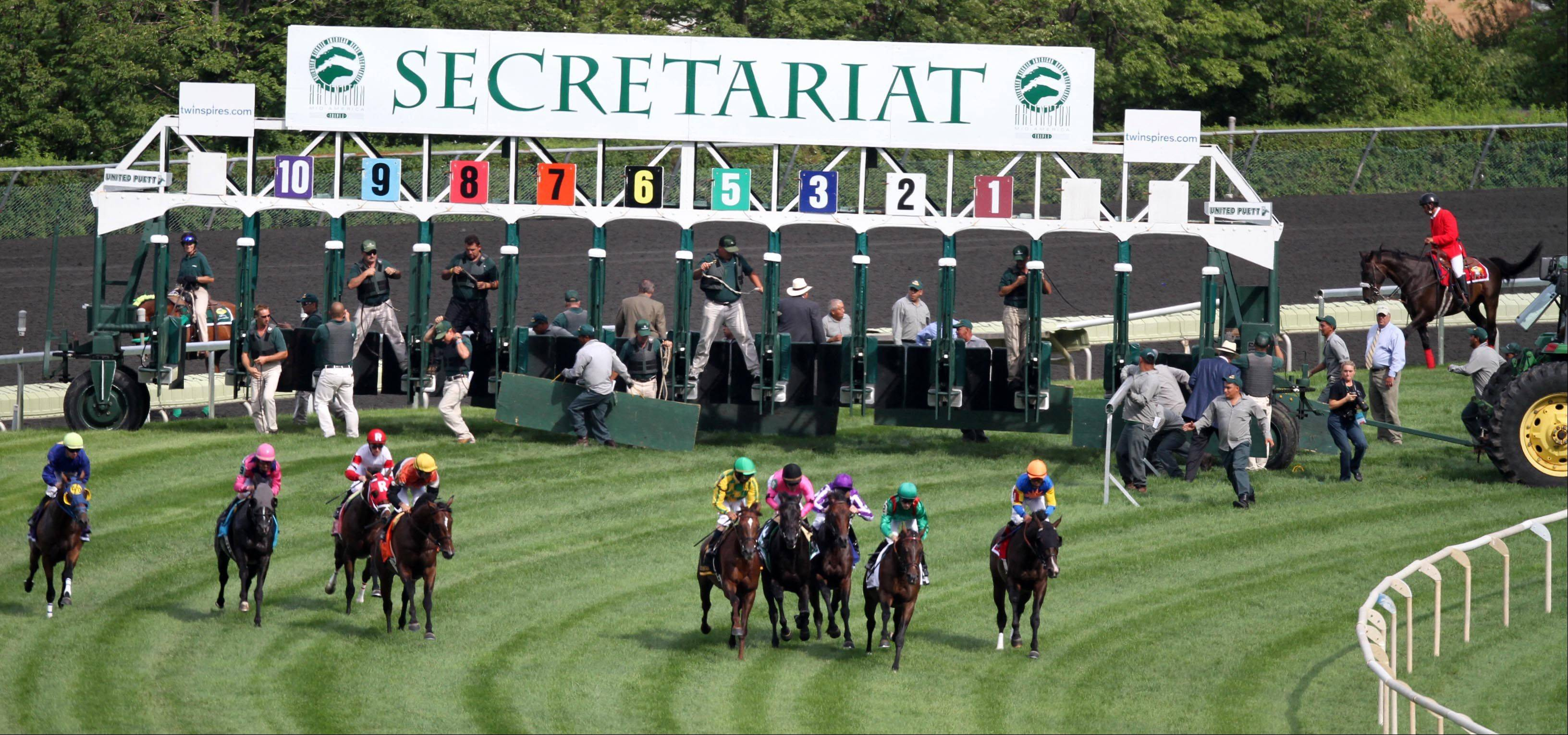 The start of the Secretariat Stakes at Arlington Park on Saturday.