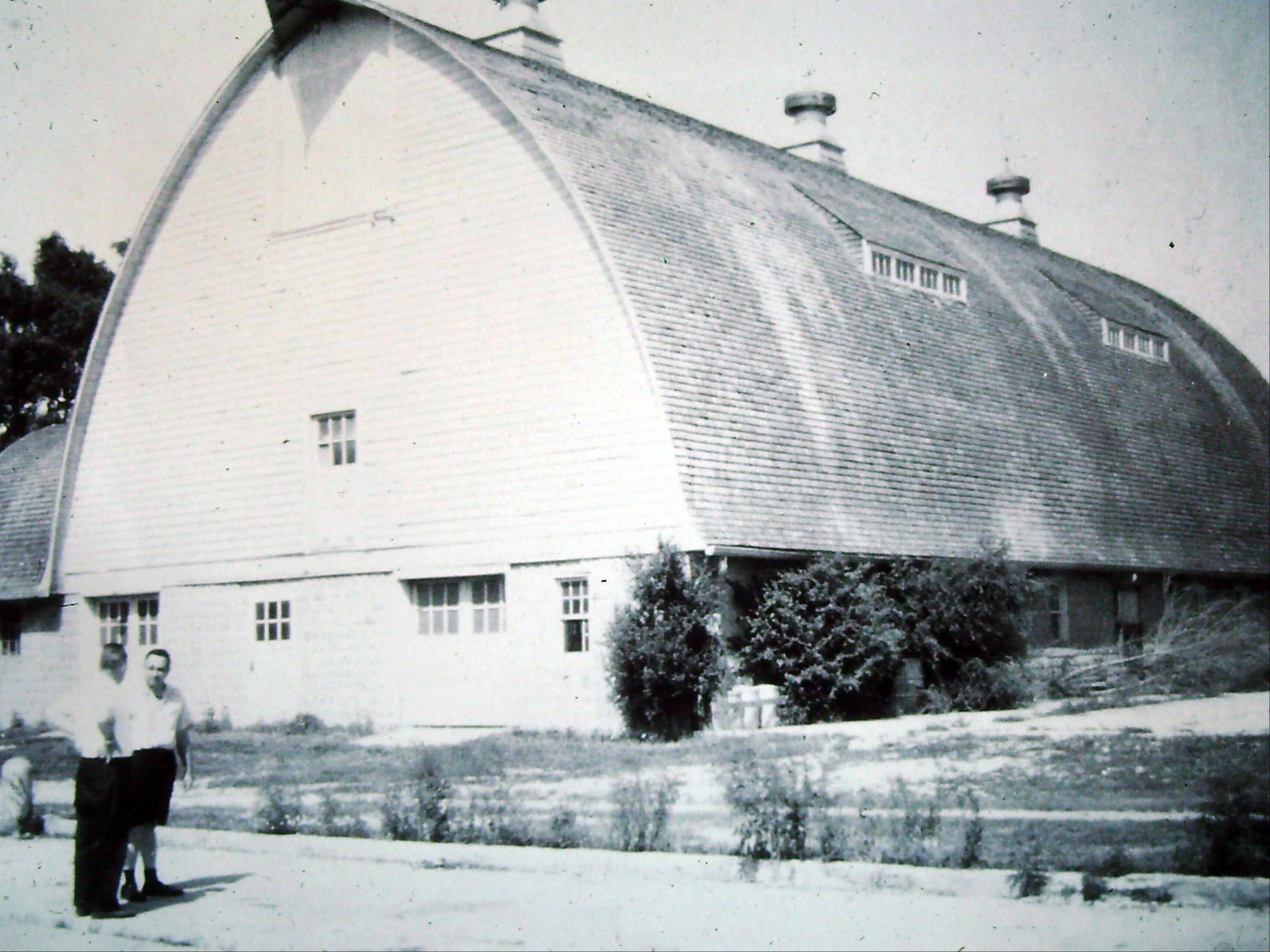 Historic photo of where the current pet shop is located at Lambs Farm near Libertyville.