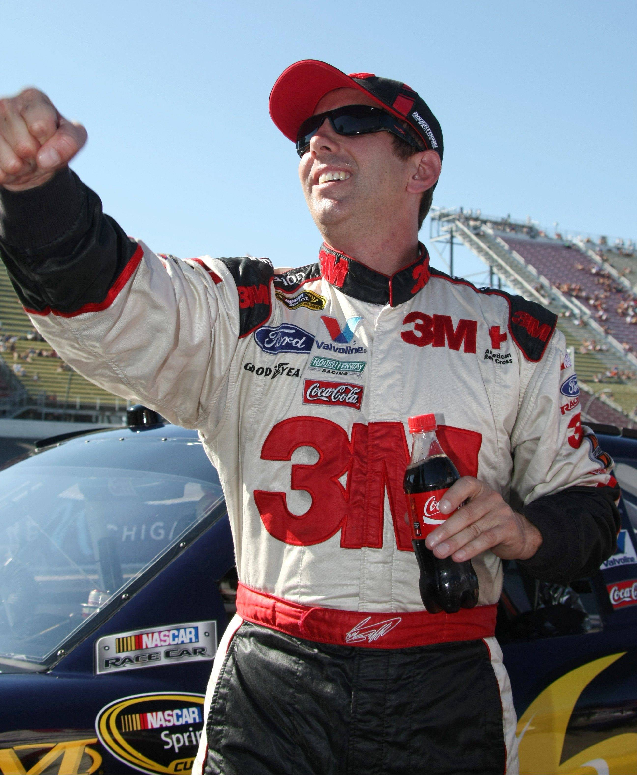 Greg Biffle posted a qualifying lap of 190.345 miles per hour for his first pole since June 2008.