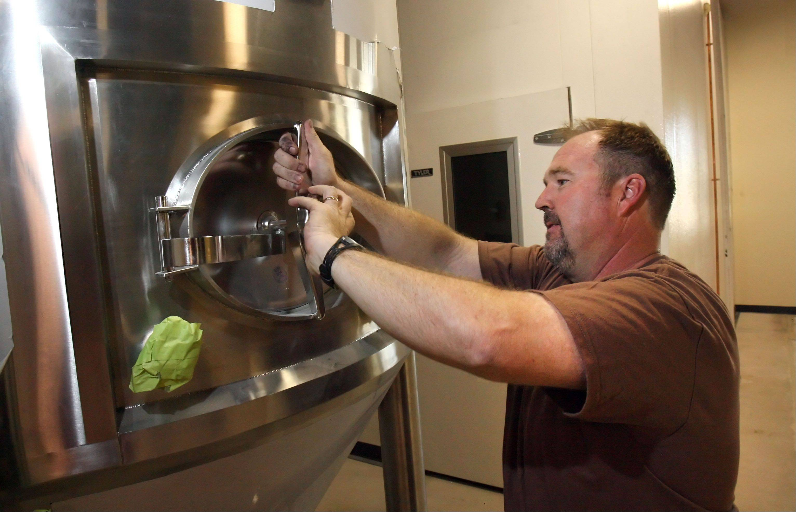 Downsized Mundelein man brews a new career