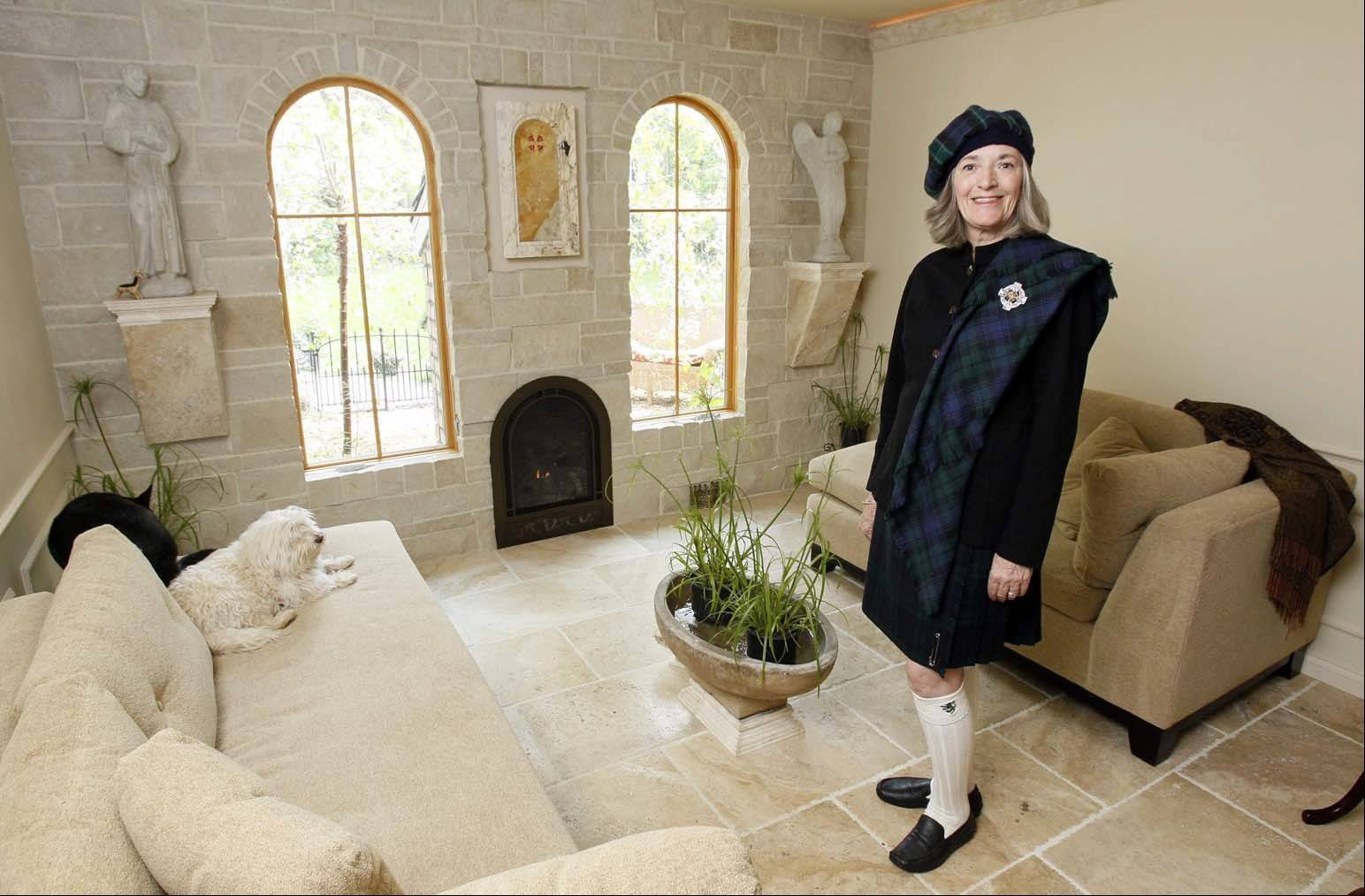 When she visited England, Pinky Edens fell in love with stone. She used the material to build a chapel in a former bedroom of her home.