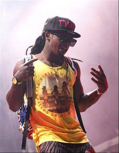 Lil Wayne seeks a boost from VMAs