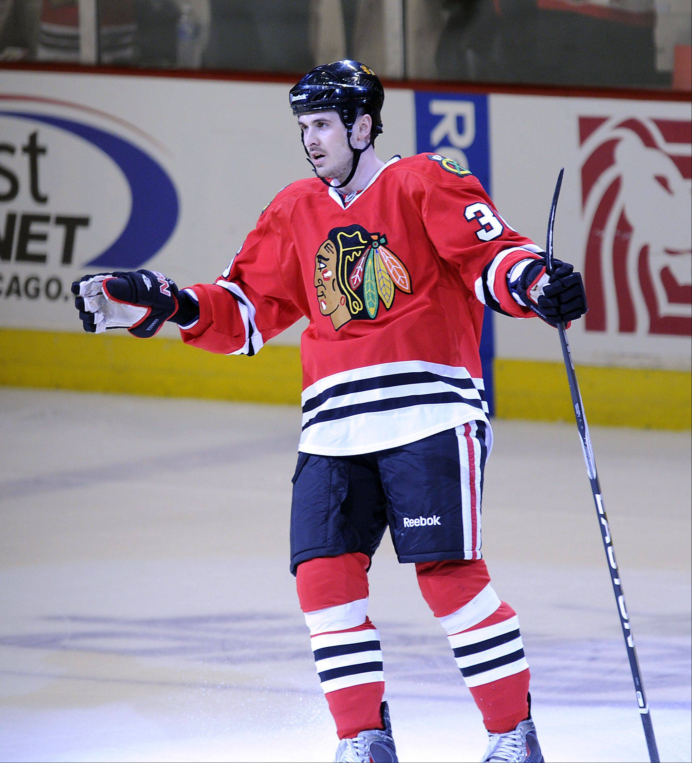 Blackhawks center Dave Bolland likes the off-season acquisition of fellow agitator Daniel Carcillo.