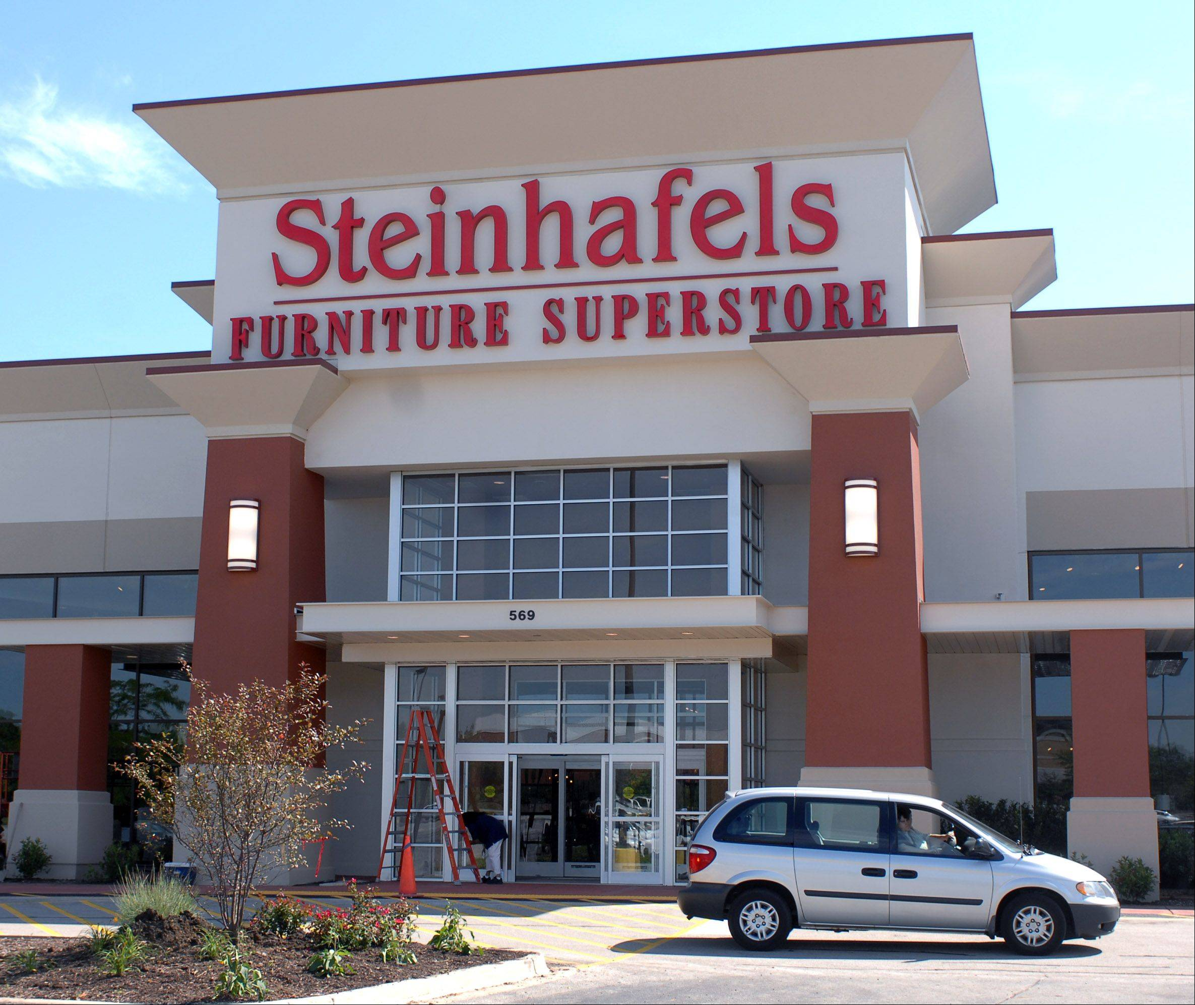 Wisconsin-based Steinhafels will open in Vernon Hills on Aug. 27.