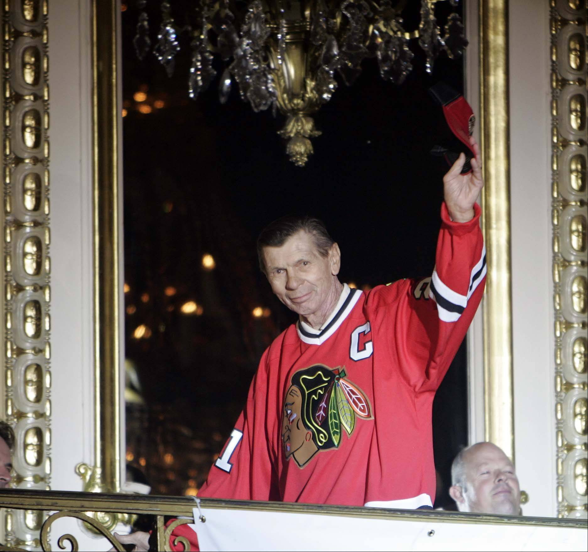 Hockey legend Stan Mikita is announced during the Annual Chicago Blackhawks fan convention.