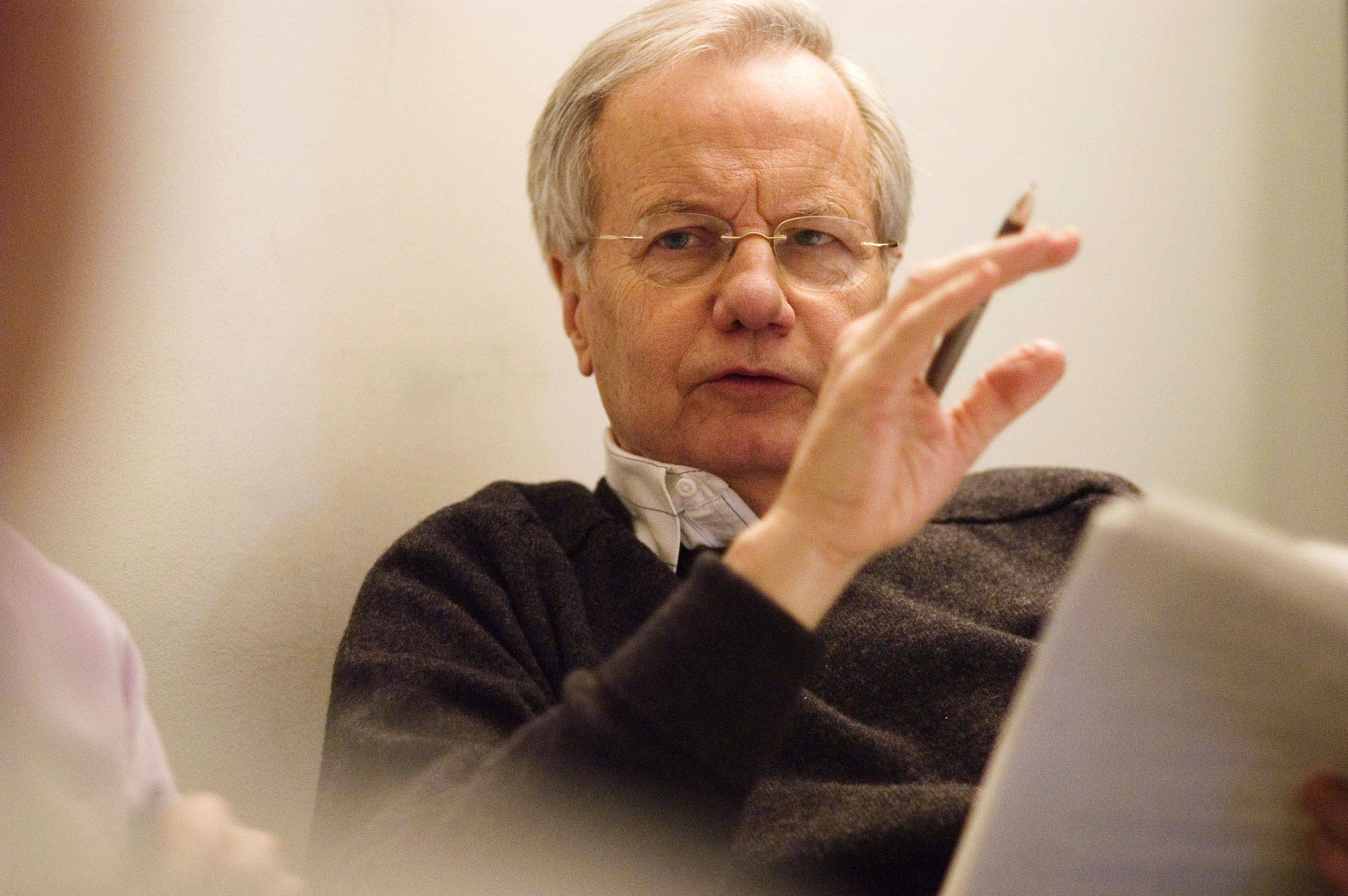 "Journalist Bill Moyers says he plans to return to television with an hourlong interview show called ""Moyers & Company."""