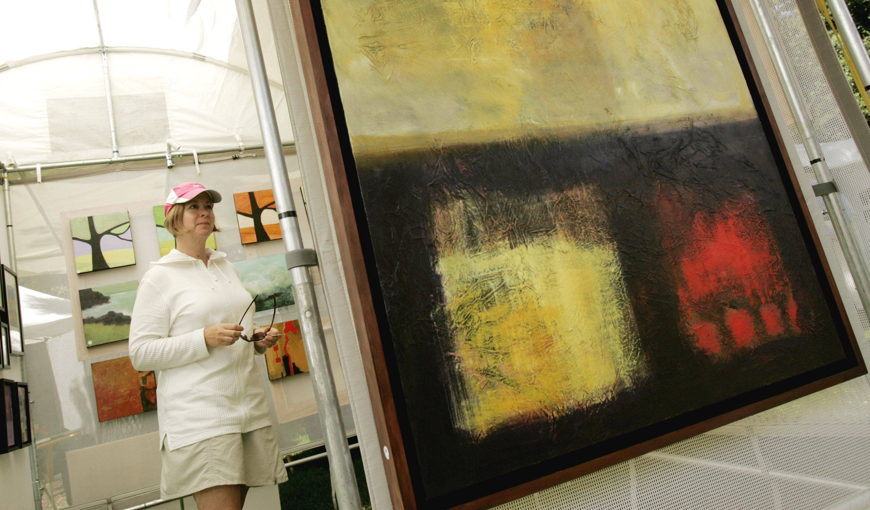 The 2011 Glen Ellyn Festival of the Arts will feature more than 80 artists specializing in painting, sculpture, jewelry making and more.