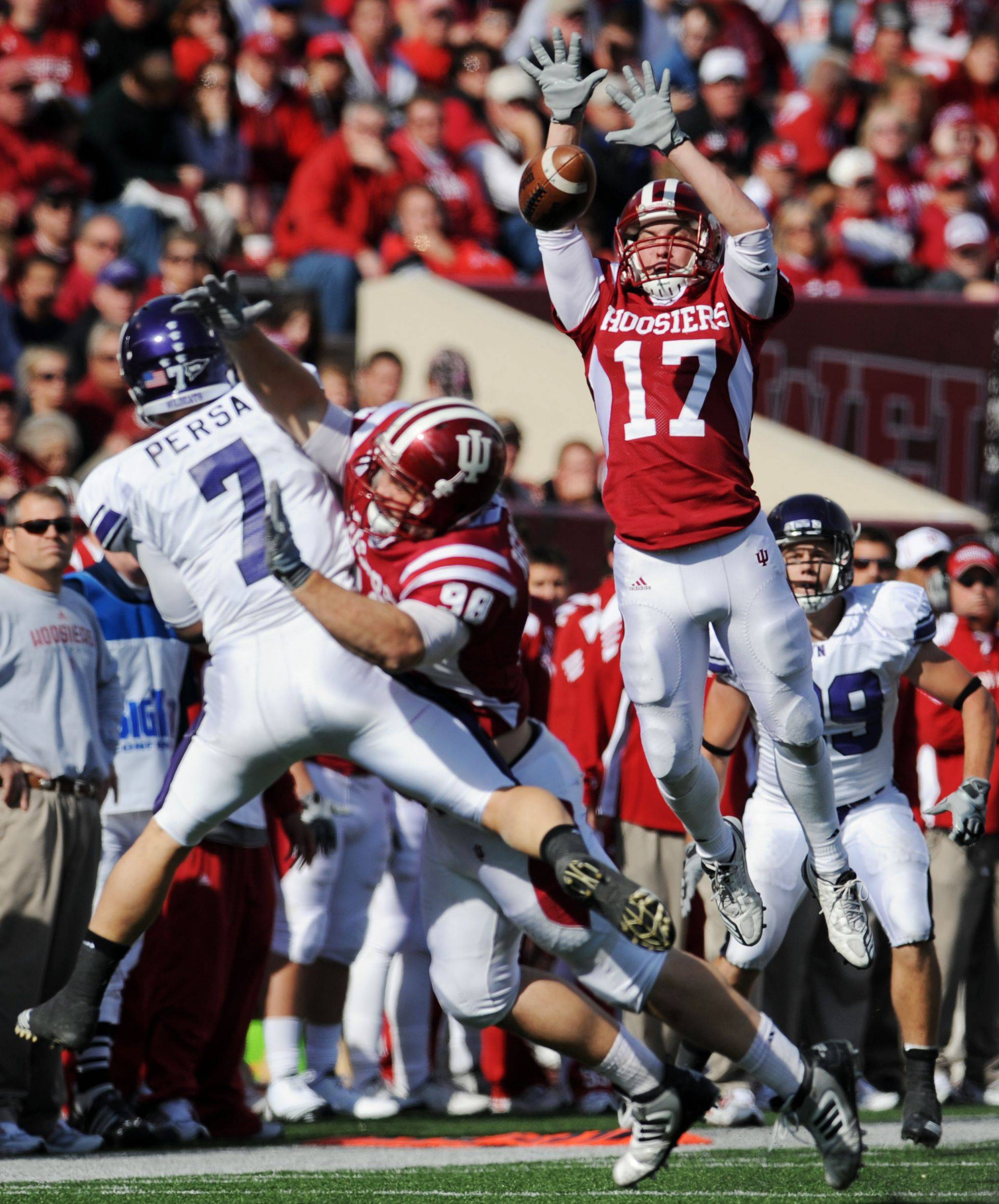 Northwestern quarterback Dan Persa is no stranger to pressure in the pocket.