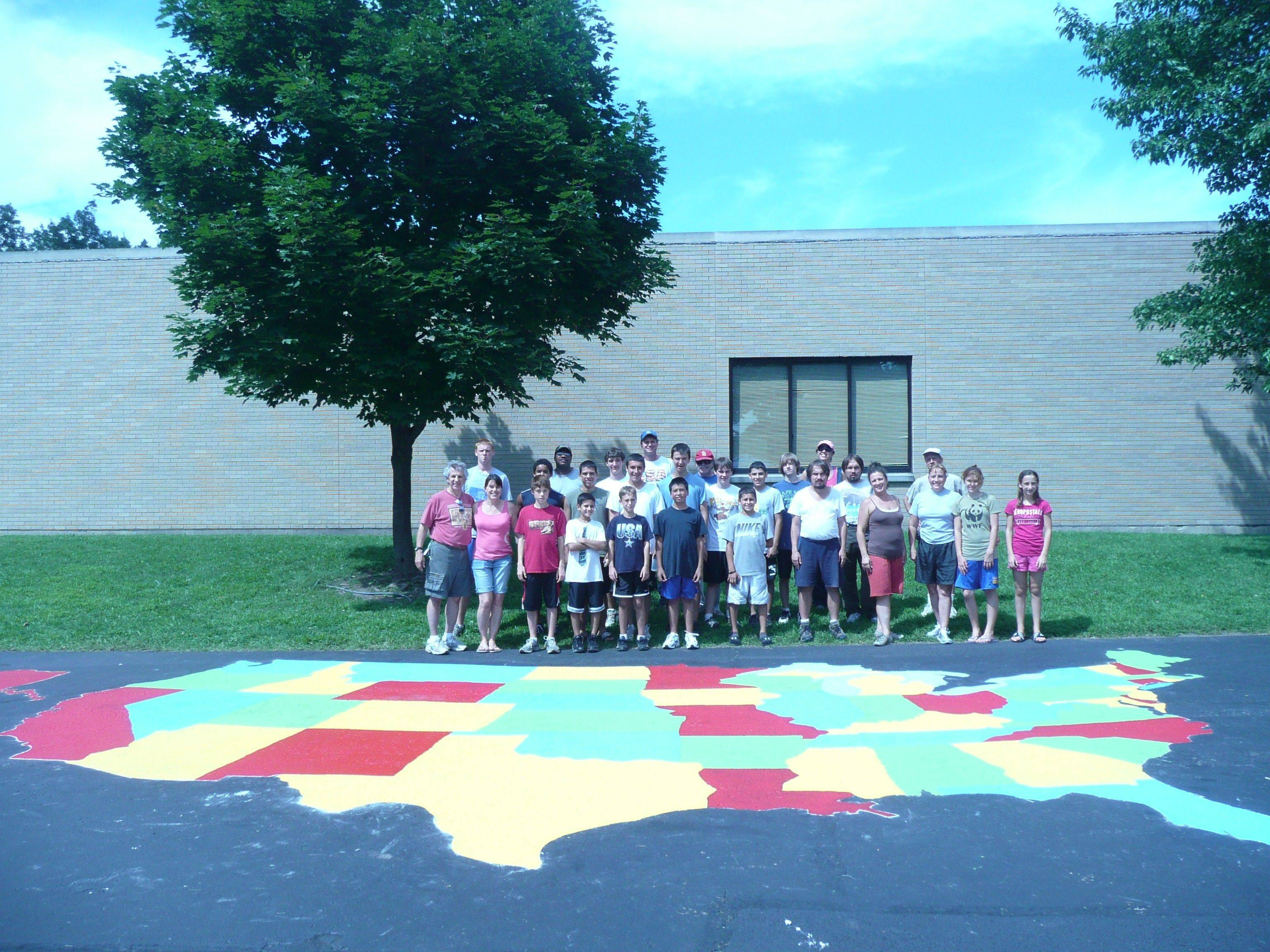 Scouts paint US map on Wood Dale playground