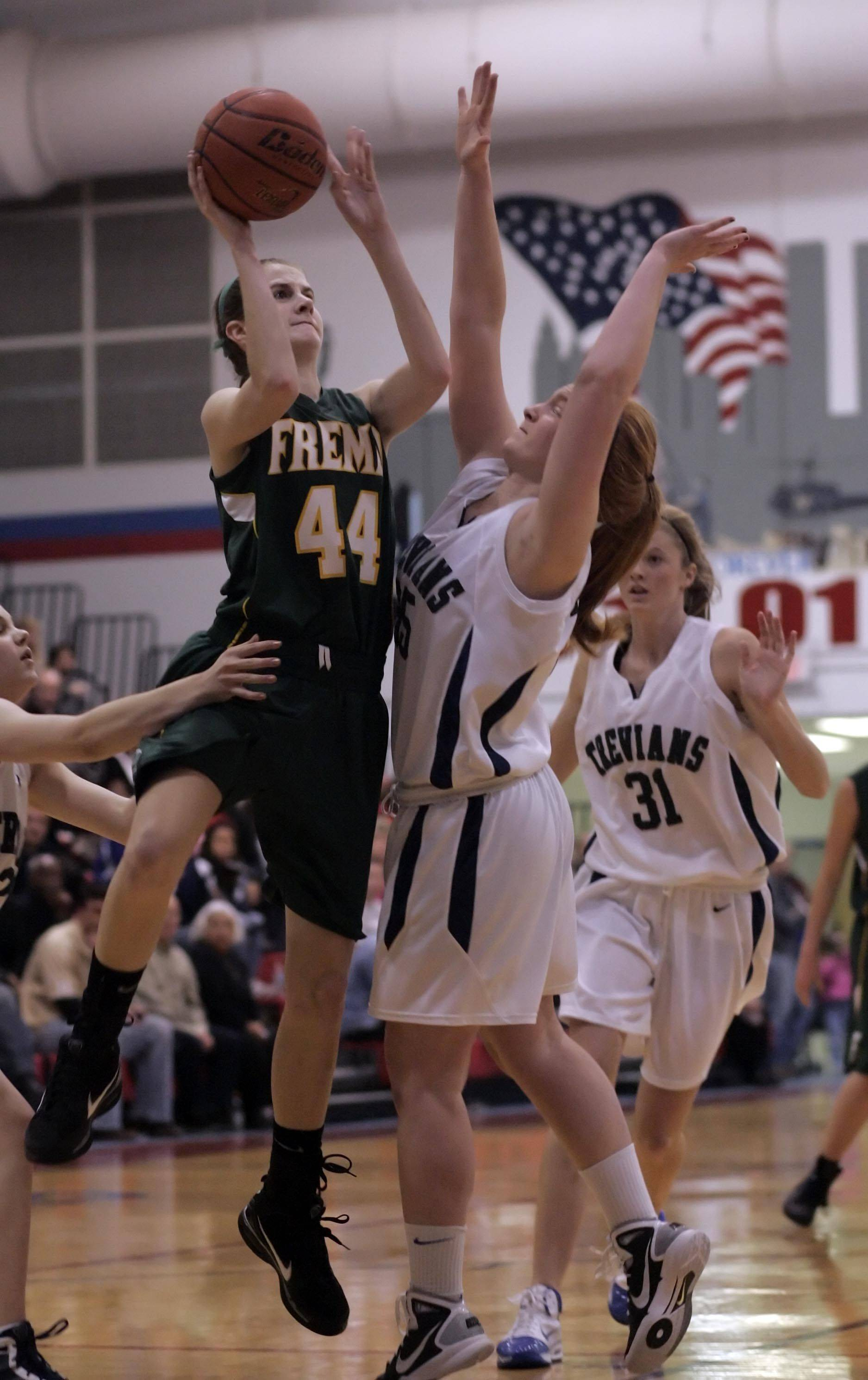 Fremd senior Jessi Wiedemann (44) will be taking the ball to the basket for Valparaiso University after making a verbal commitment to the school.