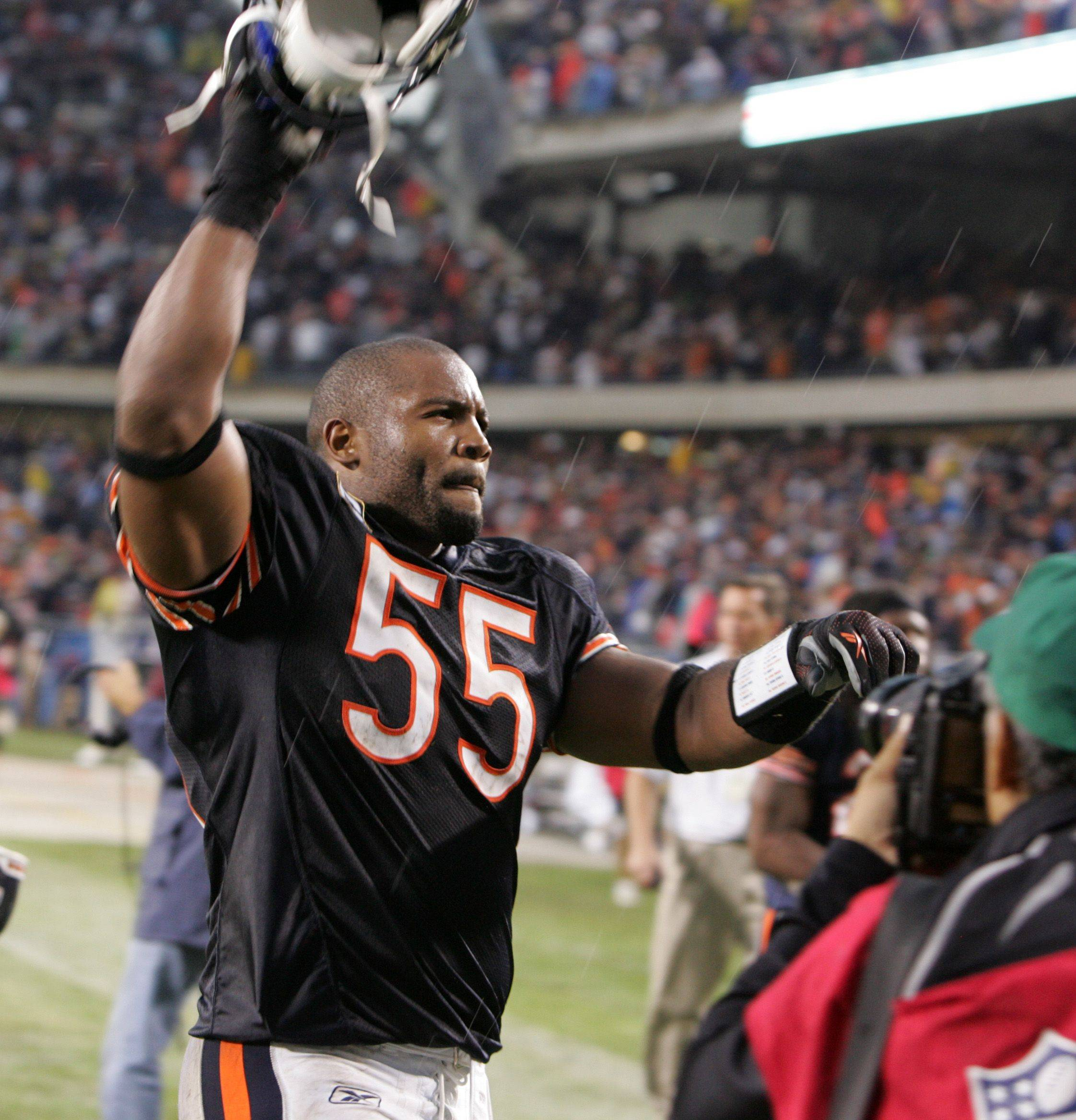 Bears linebacker Lance Briggs had no complaints in 2008 when he signed his current contract, which already has paid him better than $21 million.