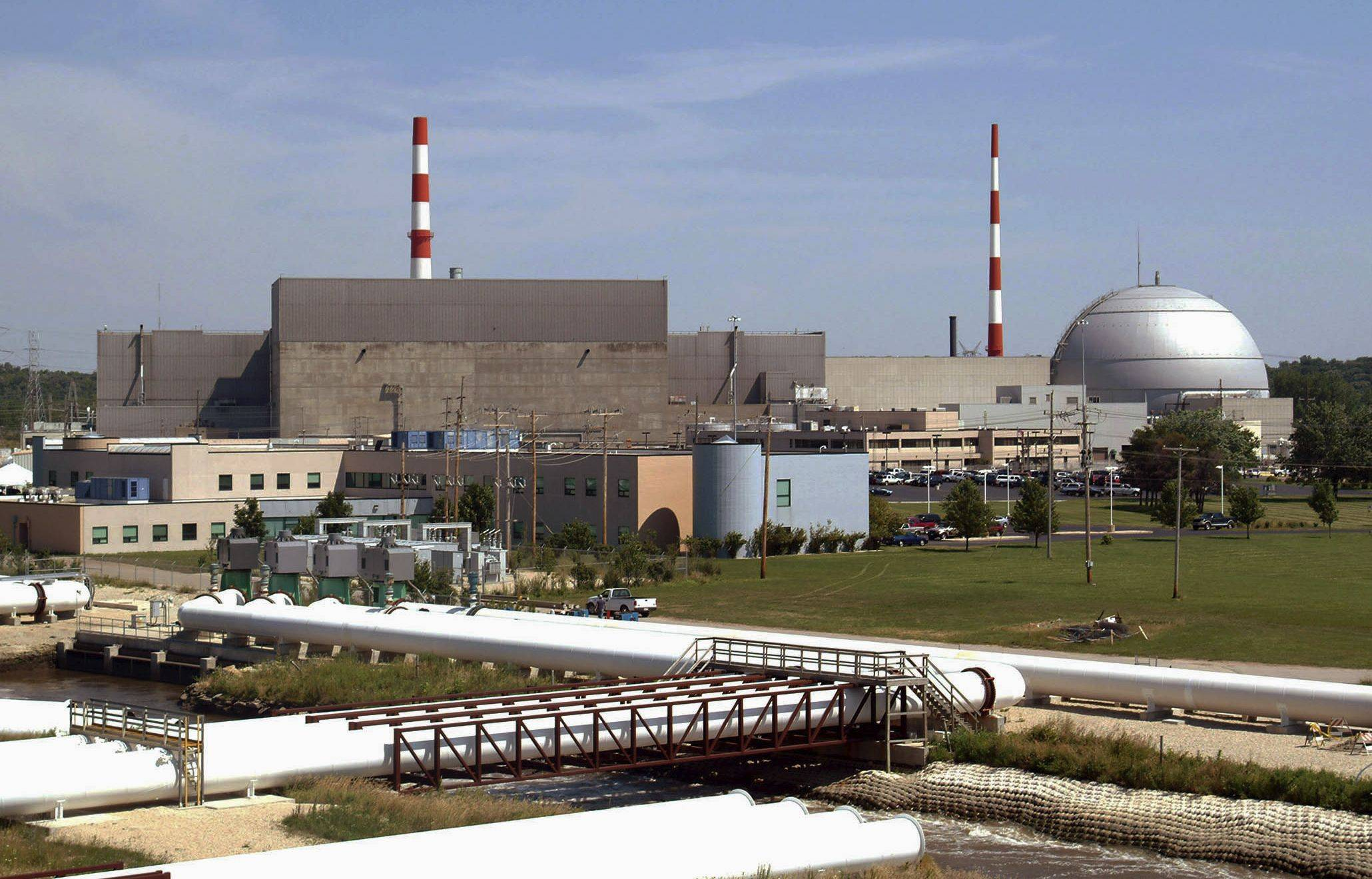 The two Dresden nuclear reactors in Morris, Ill., were among four nuclear sites nationwide judged to have a significantly higher risk of earthquake damage than previously thought.