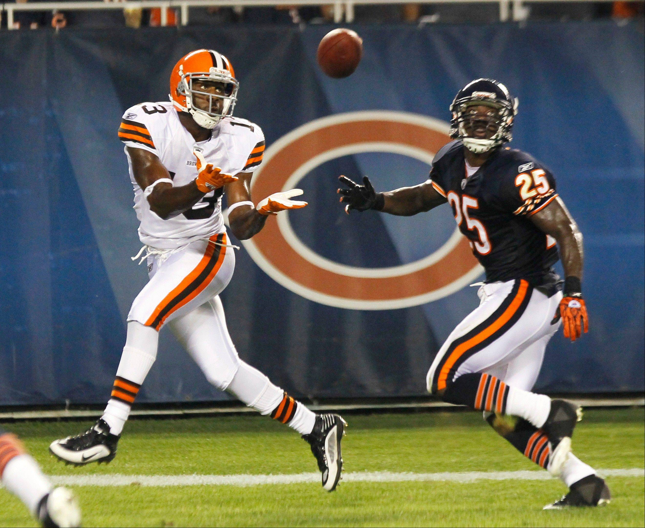 Cleveland Browns wide receiver Rod Windsor makes a touchdown catch against undrafted rookie cornerback Ryan Jones, one of 14 players waived by the Bears on Friday. The Bears must cut 13 more players by Saturday�s deadline.