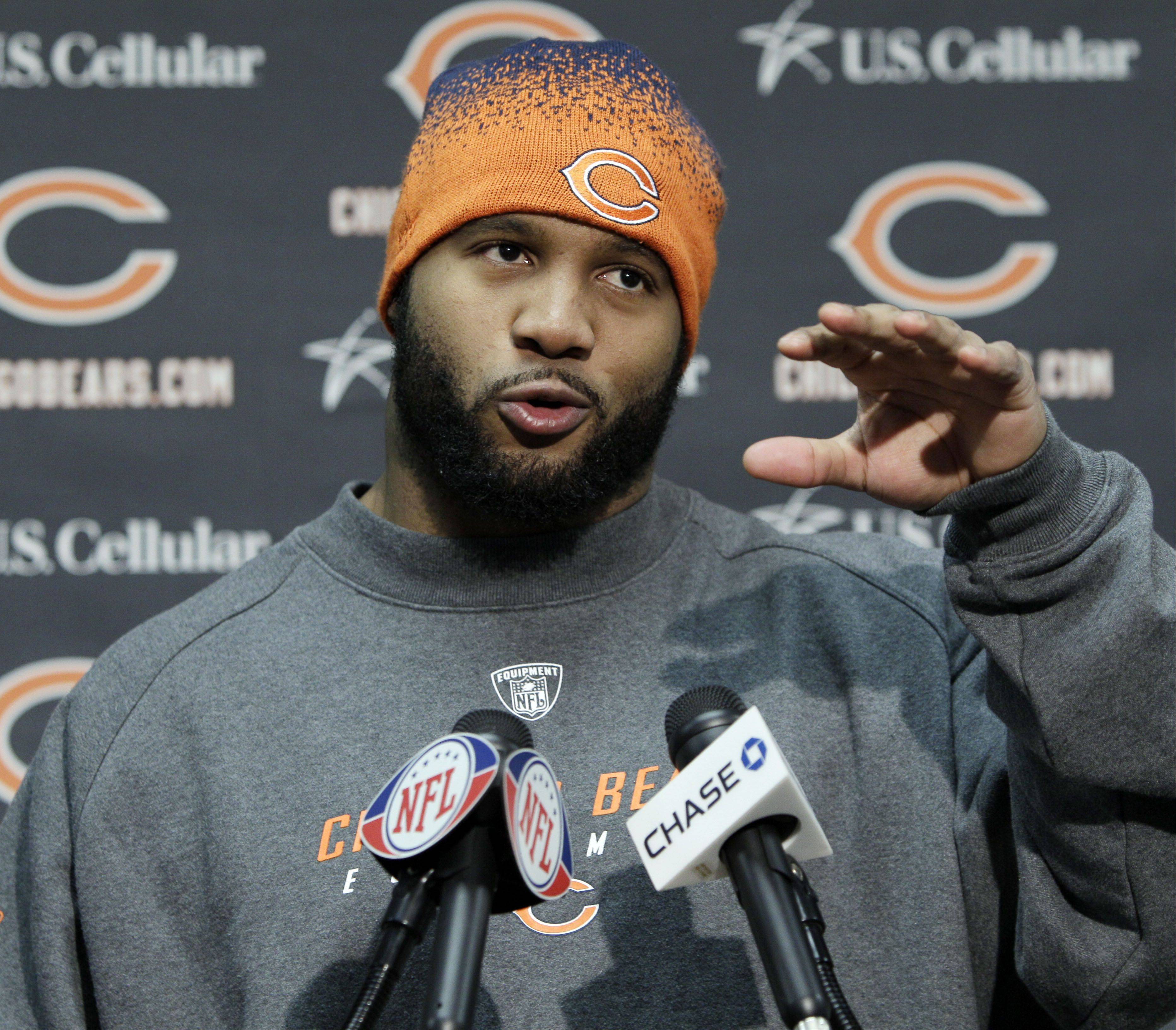 Bears linebacker Lance Briggs told the Chicago Tribune that his agent has filed a formal request for a trade. Briggs, who has three years left on his six-year contract with the Bears, said he doesn't want his demands to be a distraction.