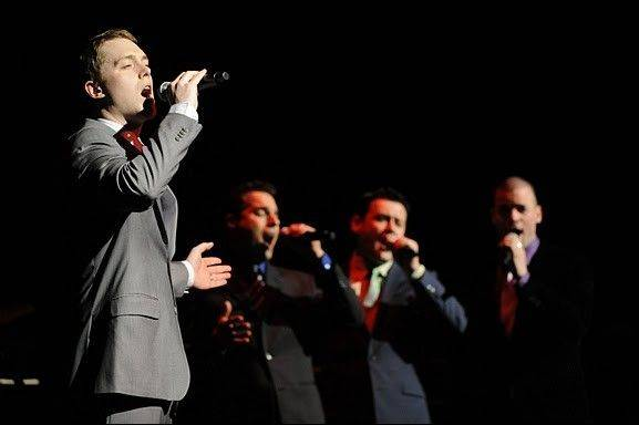 "Former ""Jersey Boys"" cast members will perform in the concert ""Under the Streetlamp"" on Saturday, Sept. 10, at the Prairie Center for the Arts in Schaumburg."