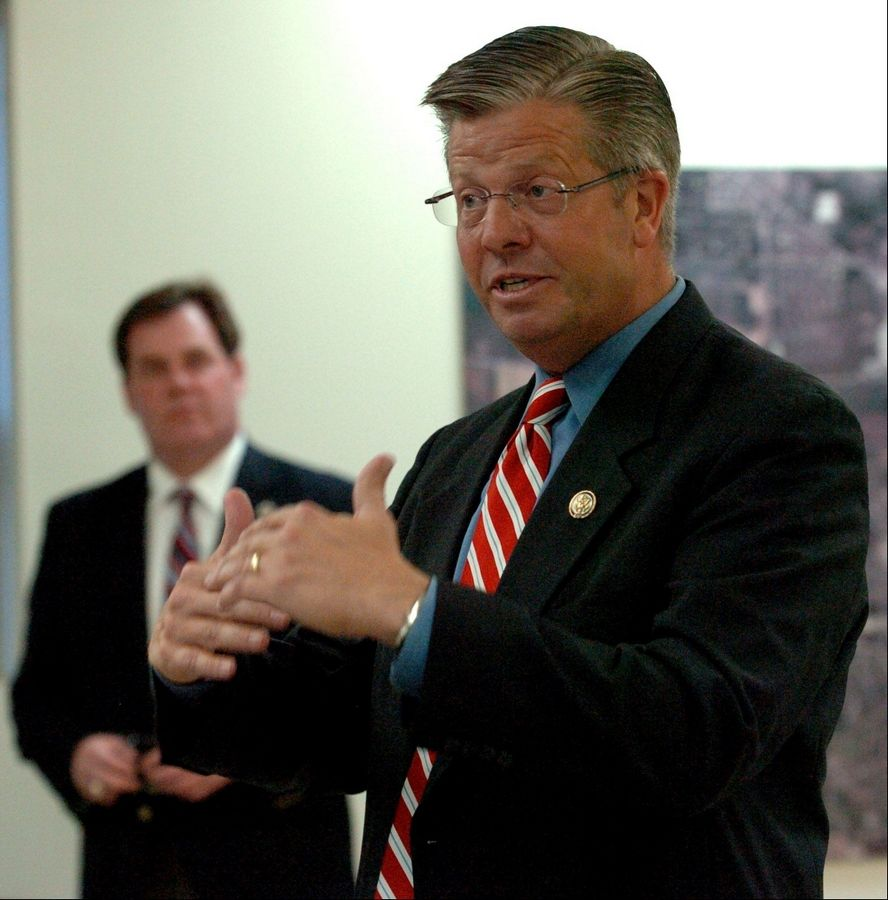 Congressman Randy Hultgren speaks during a recent town hall meeting in Geneva.