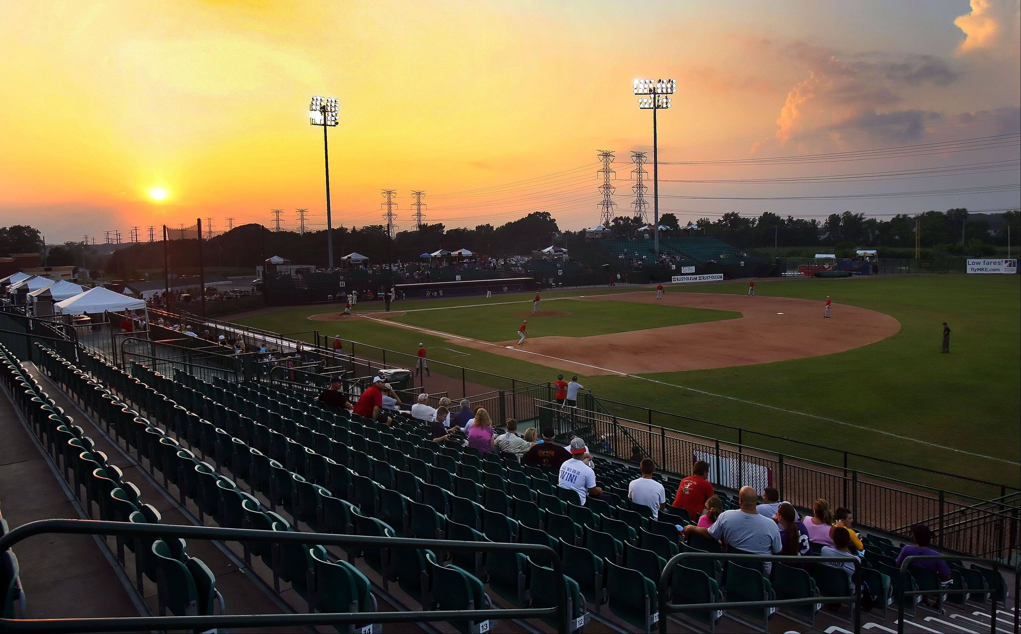 Fans have been scarce for the Lake County Fielders' final games against a collection of semipro players calling themselves the Kenosha County Fielders.