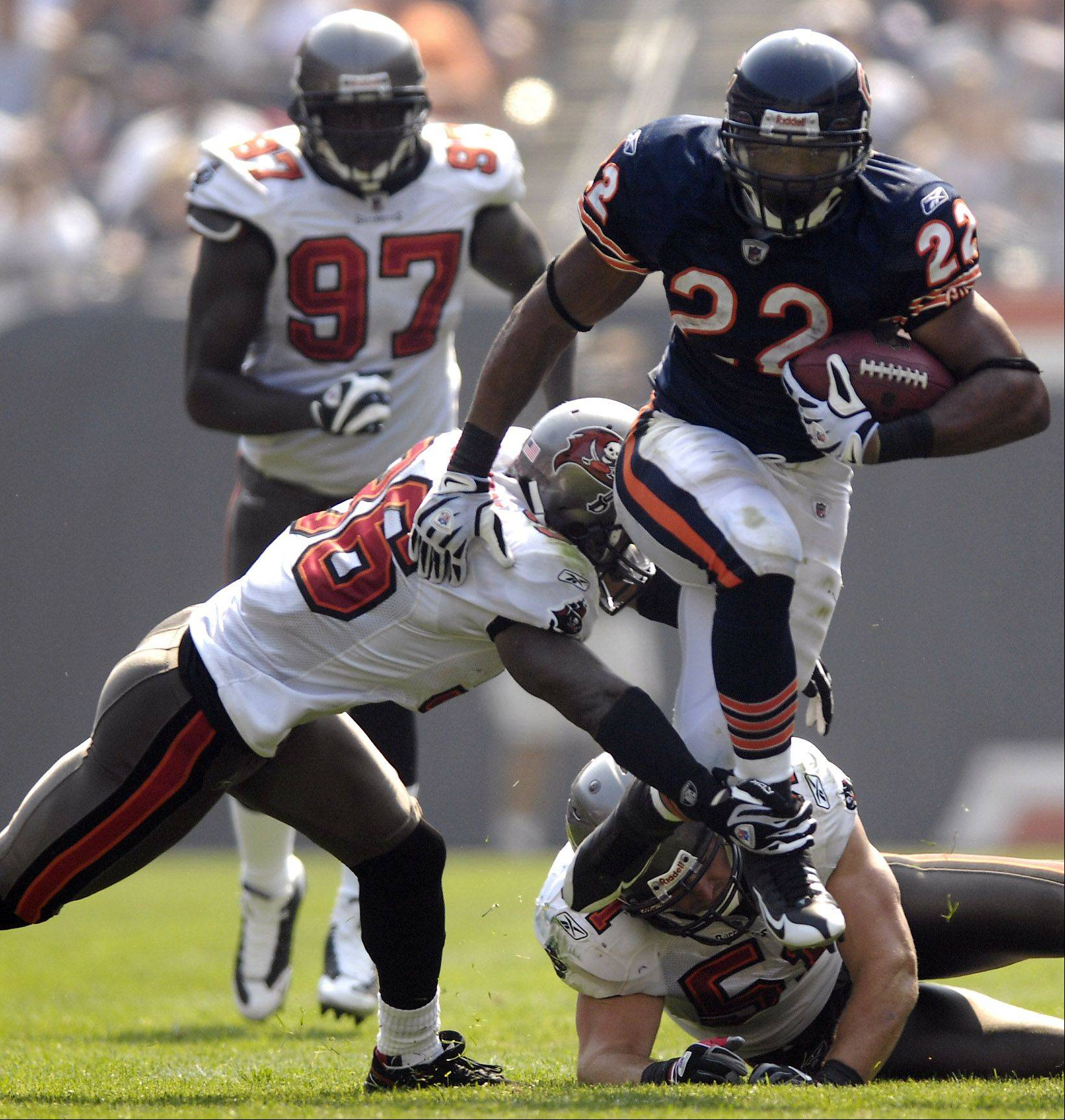 The Bears and running back Matt Forte have put contract talks on hold. Forte was looking for an extension as he headed into the fourth and final year on his rookie contract, but general manager Jerry Angelo said talks are most likely off until after the season.