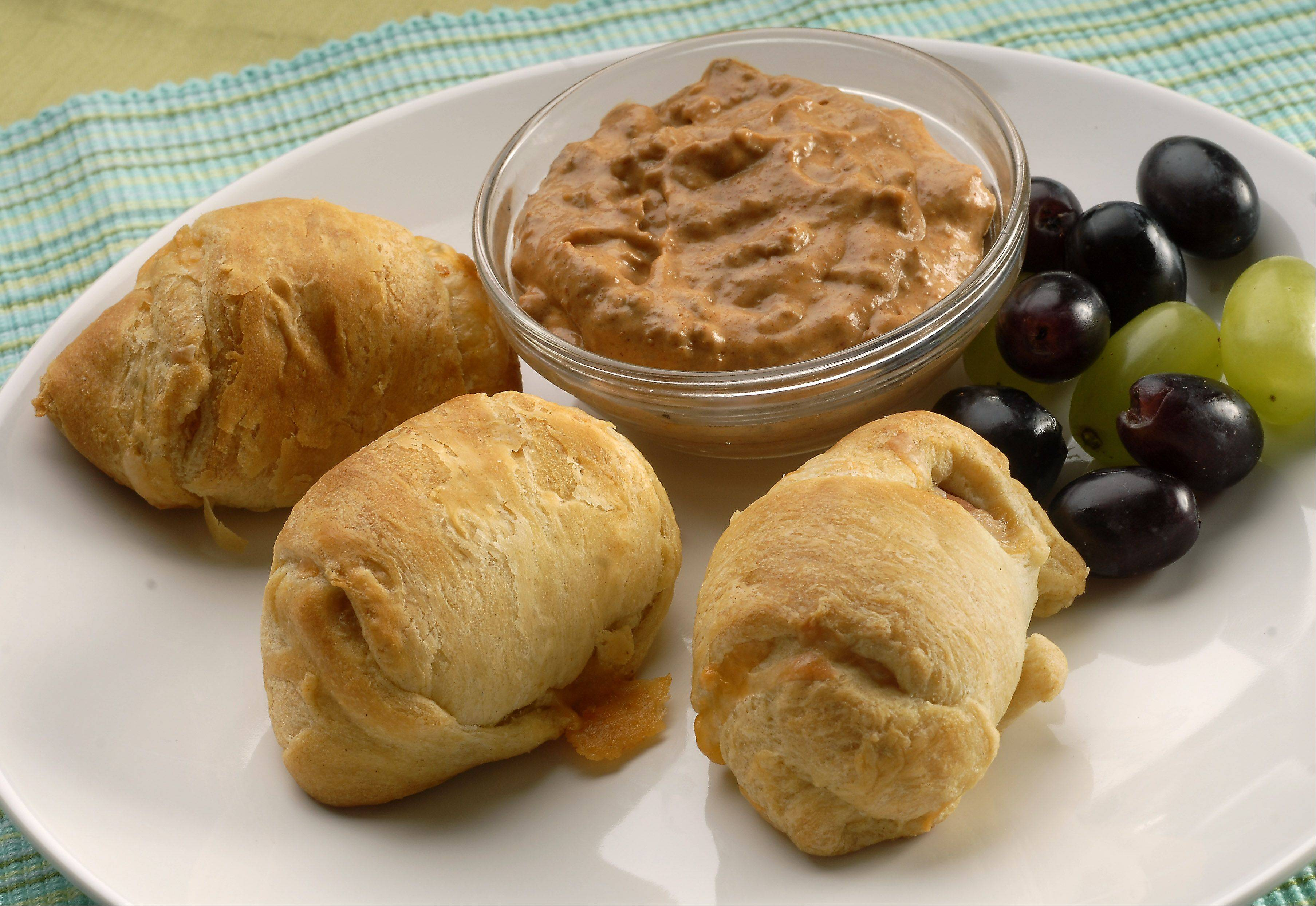 Bill Zars For a simple snack to share with friends, try these Mini Cheese Dogs with Chili Dip.