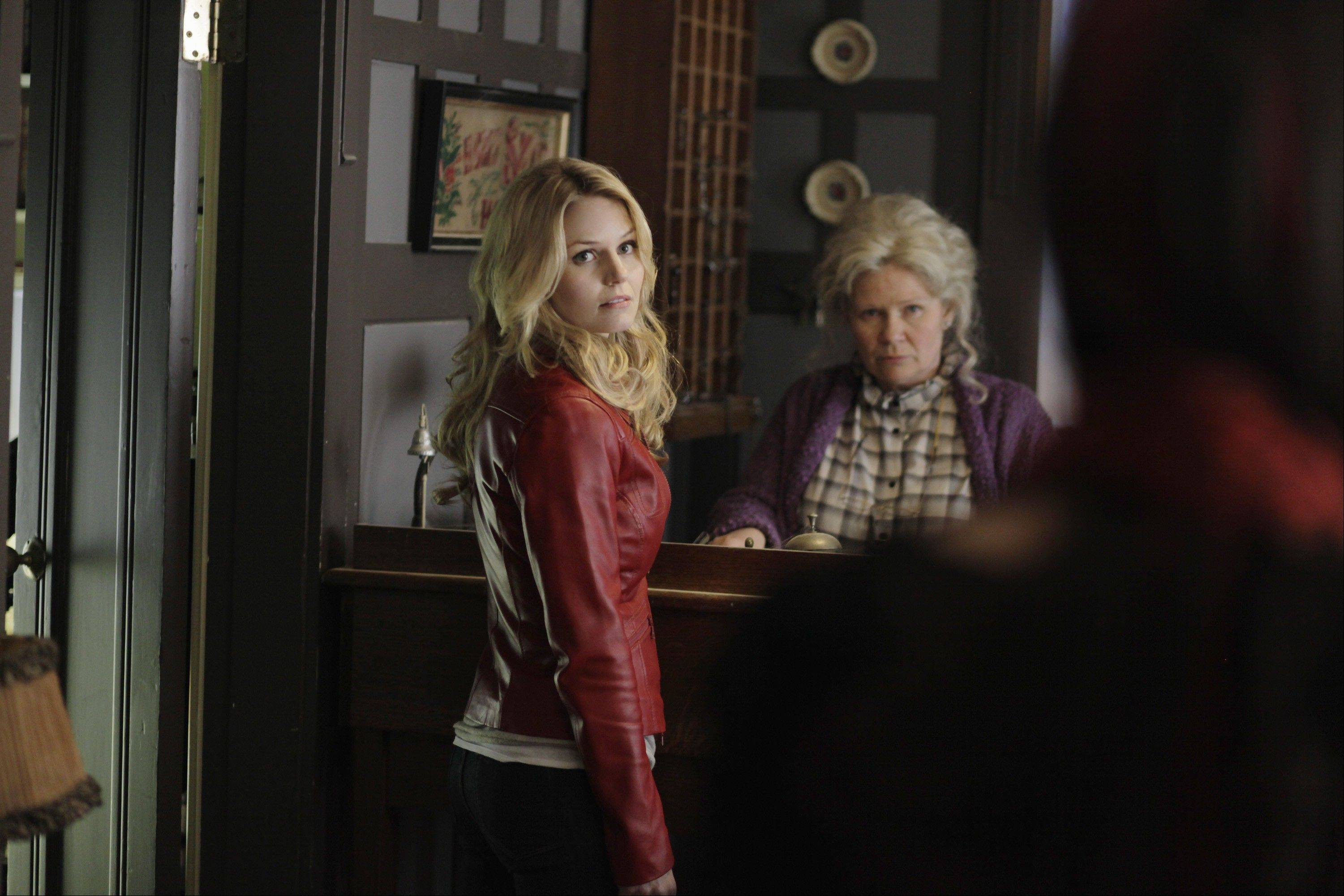 "Former ""House"" star and Arlington Heights native Jennifer Morrison tackles a very different genre in ABC's ""Once Upon a Time."" It debuts Oct. 23."