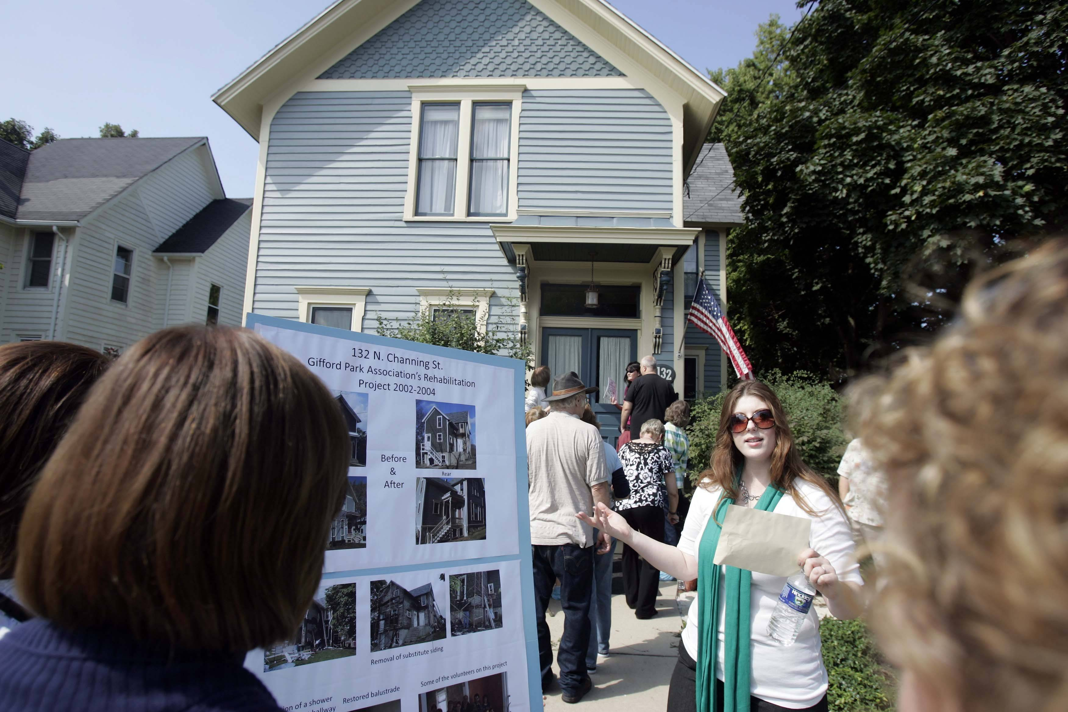Amanda Carlson talks about the renovations that took place at 132 N. Channing St., which was one of the homes on the Gifford Park Association�s 30th annual Historic House Tour on Saturday in Elgin.